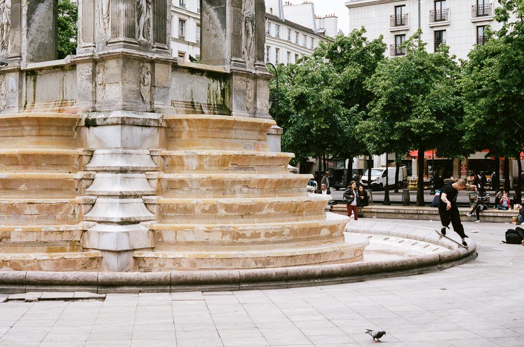 LIFE-Paris-horizontal-4.jpg