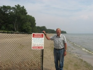 Garry took these photos along public beaches on Lake Erie.