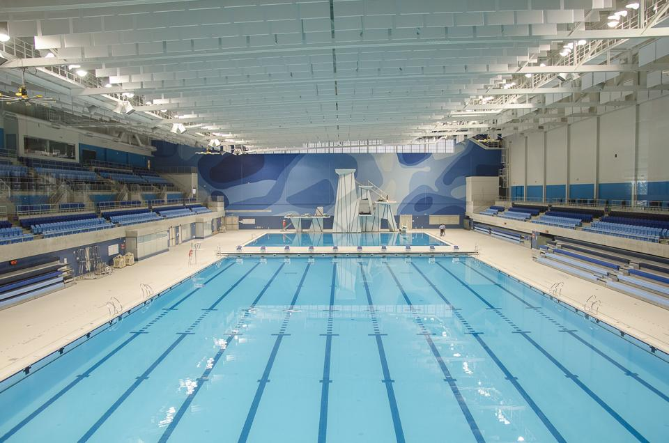 The Olympic Pool at the University of Toronto. Source: Stephanie Calvet at urbantoronto.ca
