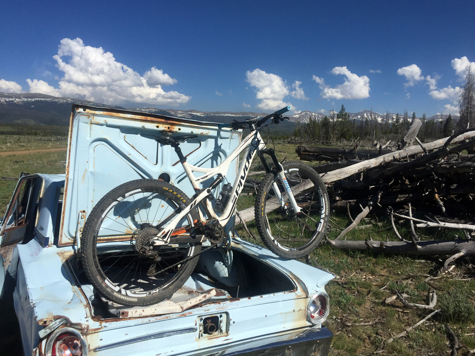 I do occasionally gravel grind on this whip, however. Midway between Fraser and Granby, CO.