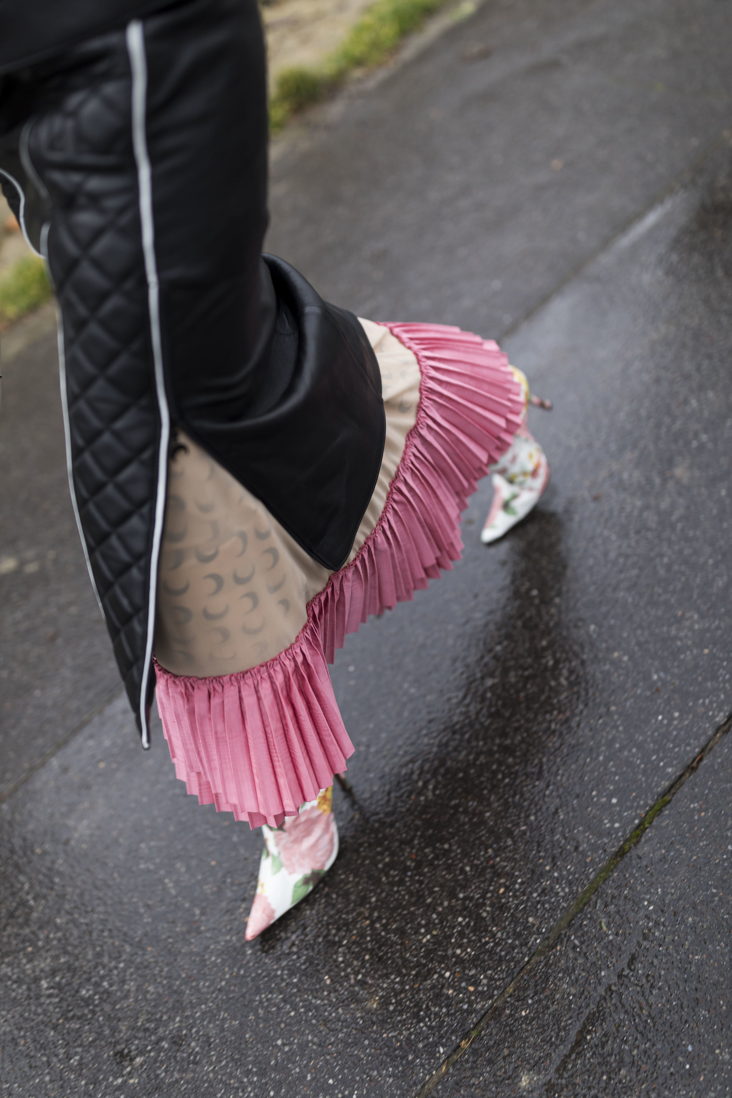 PFW, Paris, Street Style, Loewe, Marine Serre, Ashley Gallerani Photography