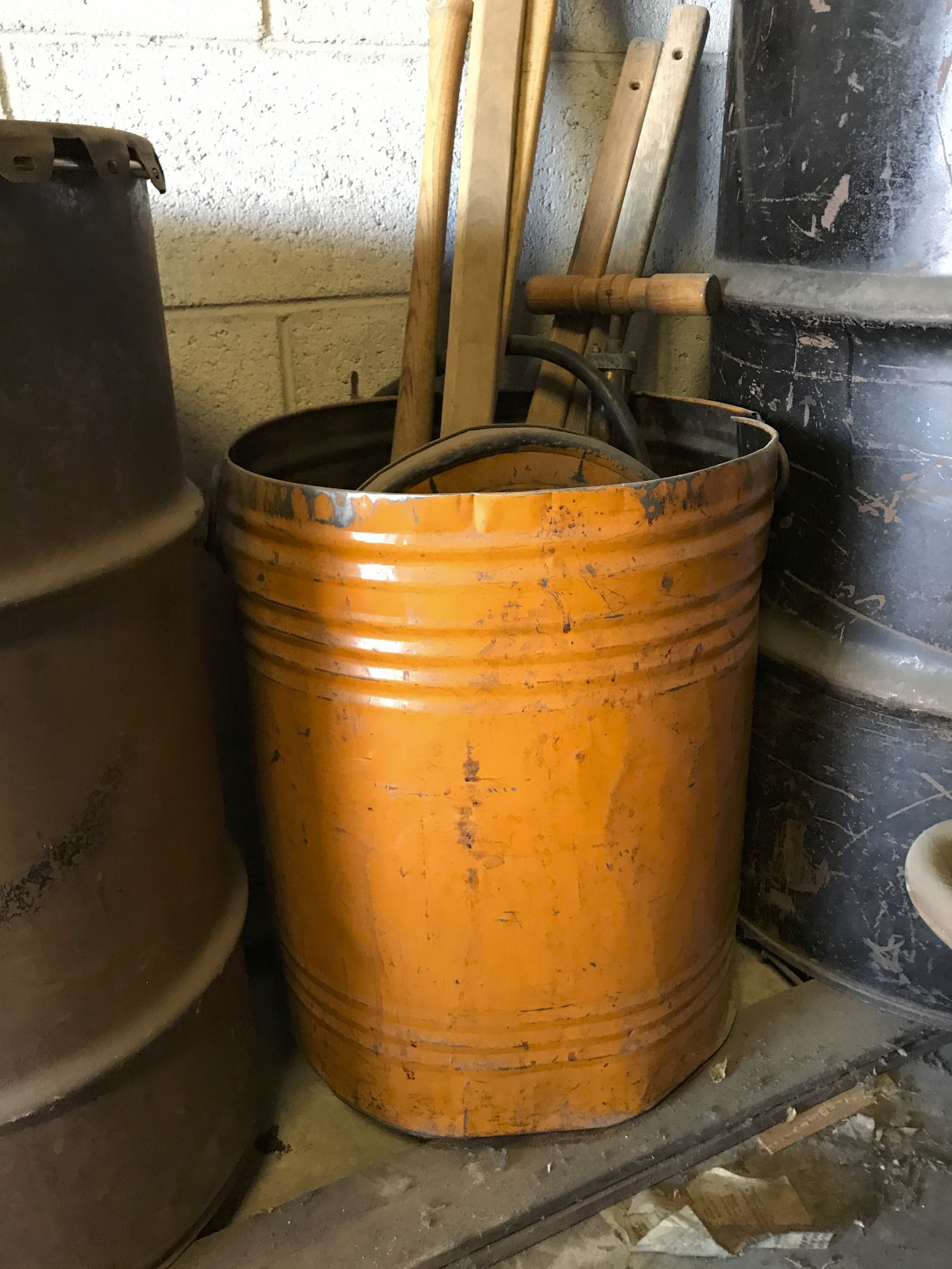 (10) Popcorn paddles/orange tin used to have popcorn in it