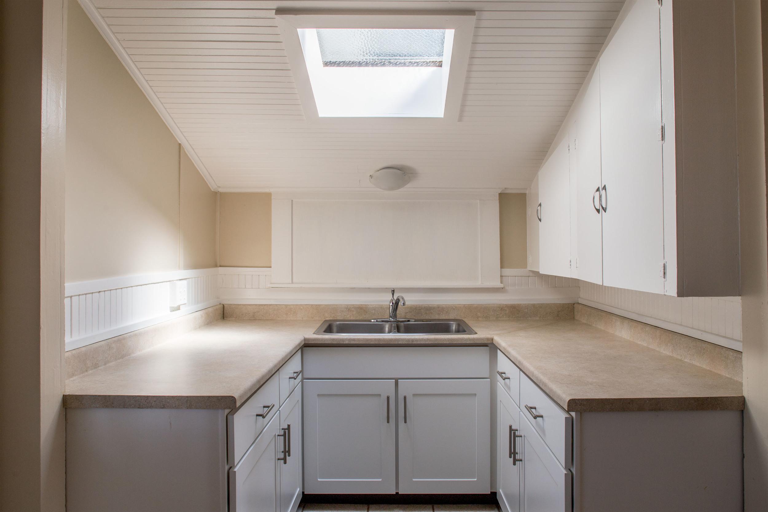 kitchen Unit A-7.jpg