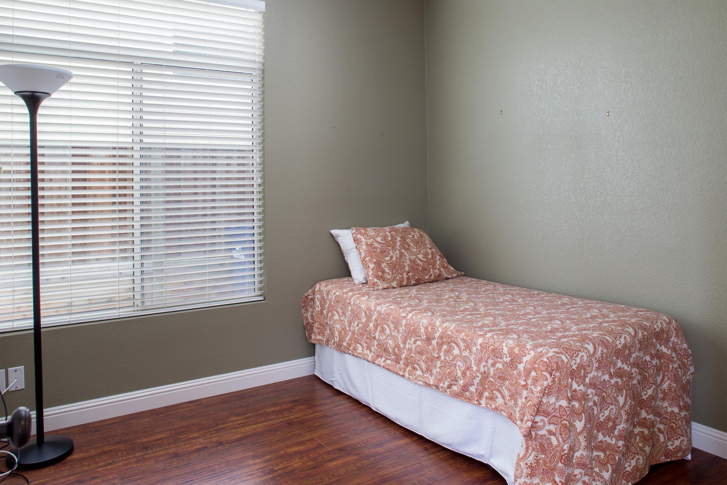 3rd Bedroom-11.jpg