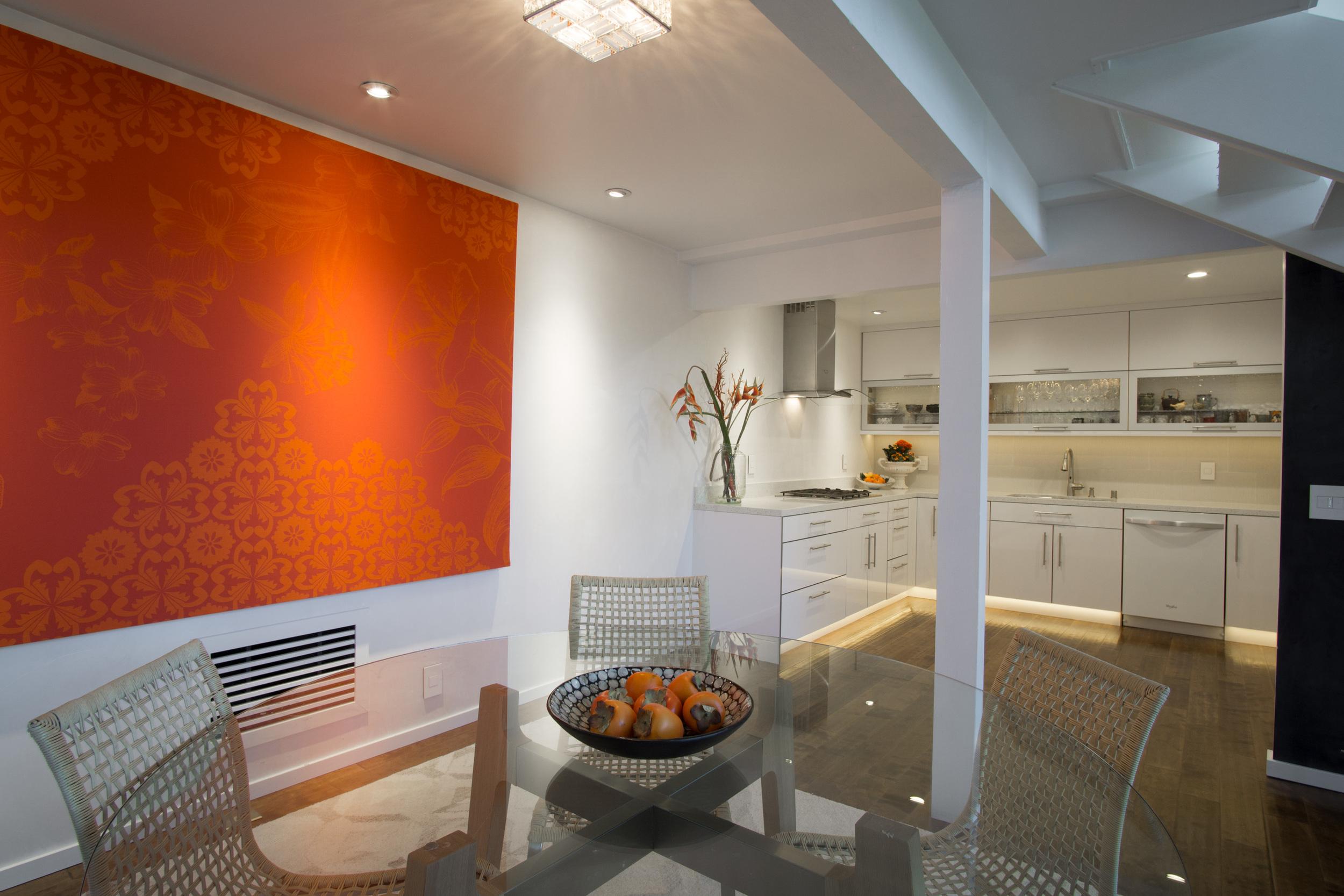 10 dining kitchen 2.jpg