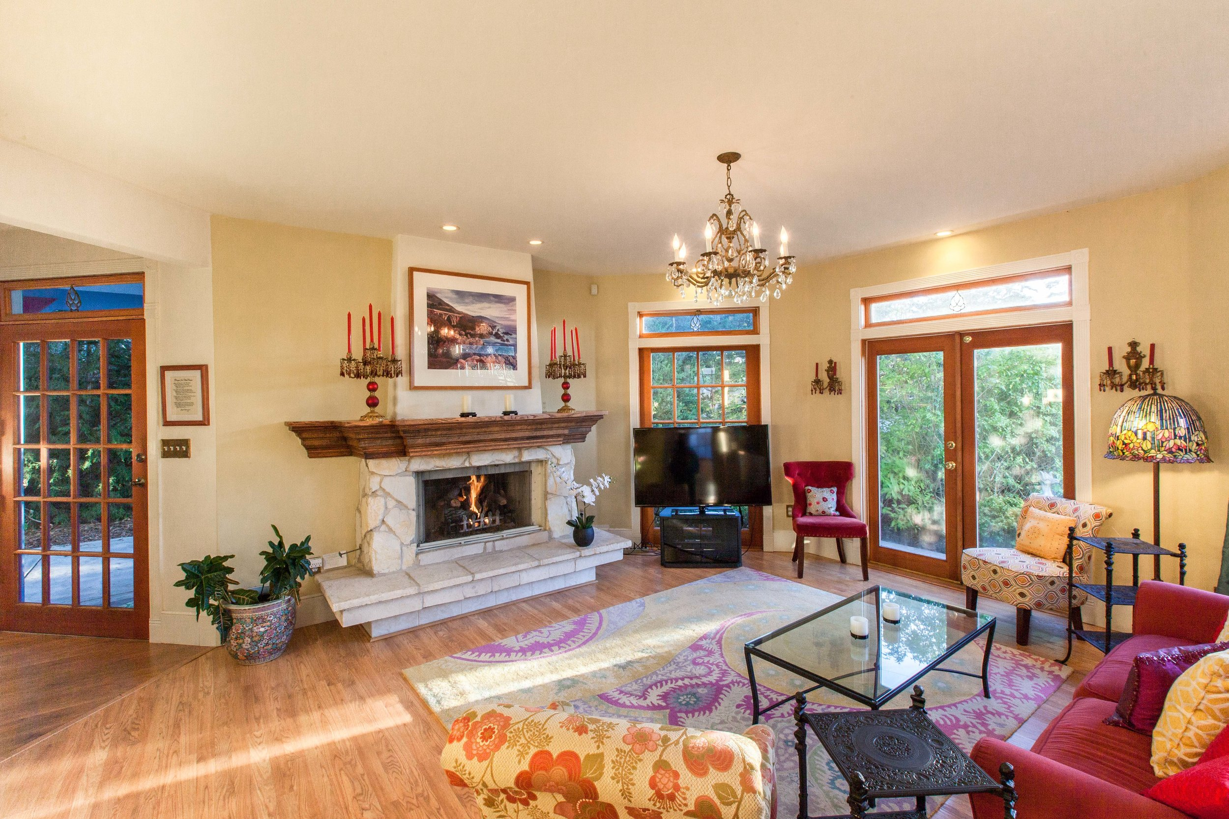 3 Living Room Fireplace.jpg