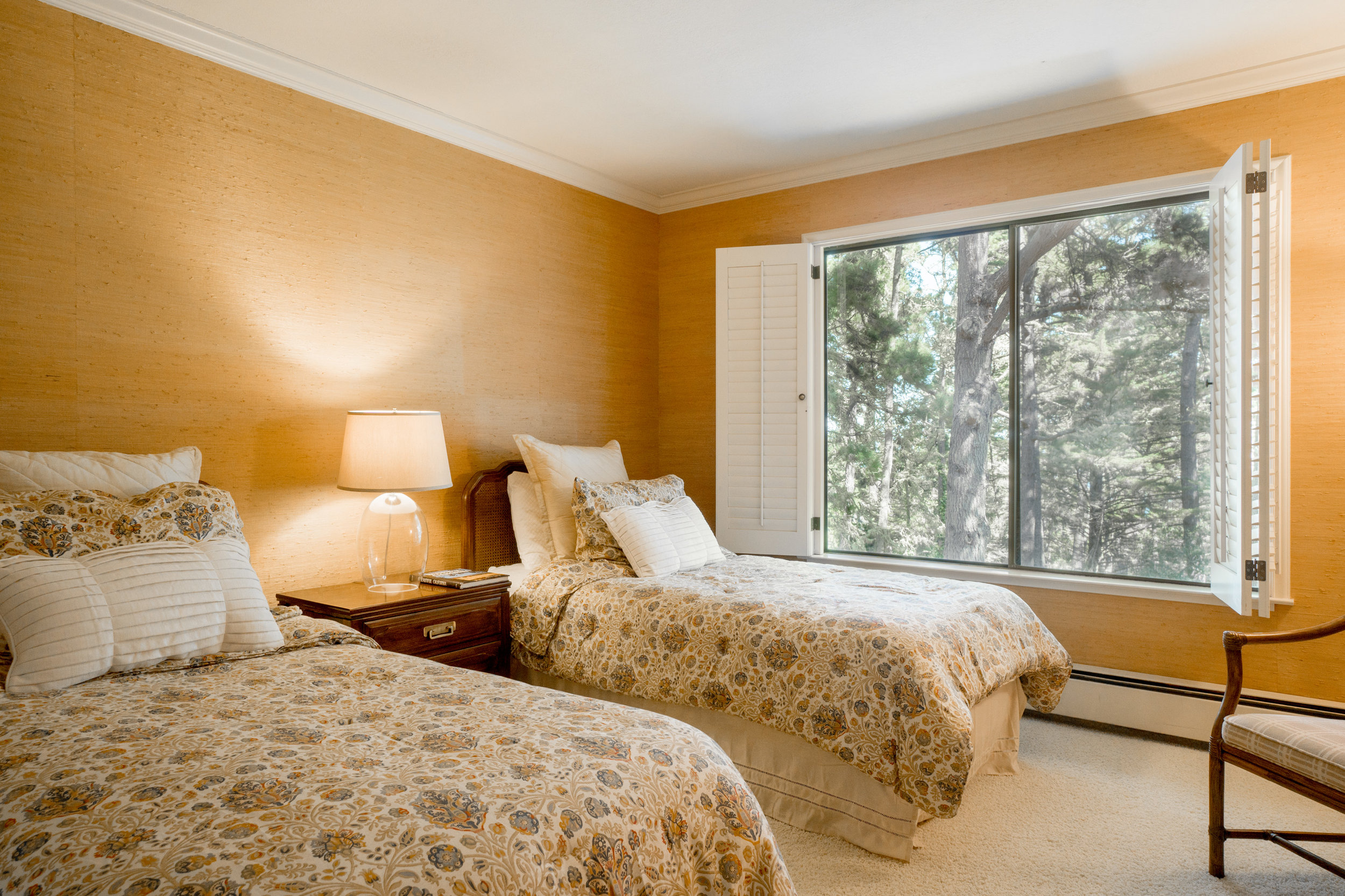 14 second bedroom.jpg