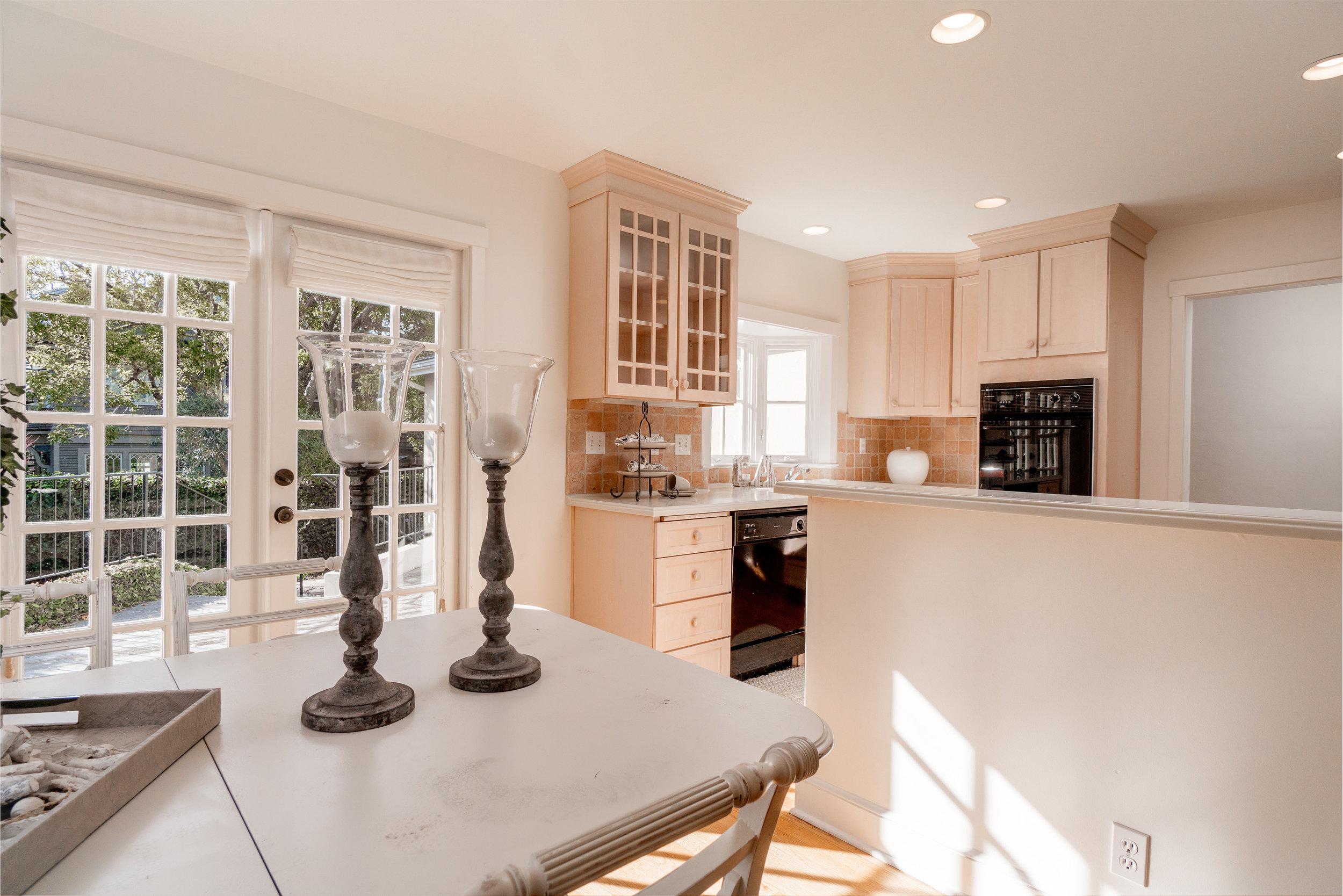 7.dining-kitchen.jpg