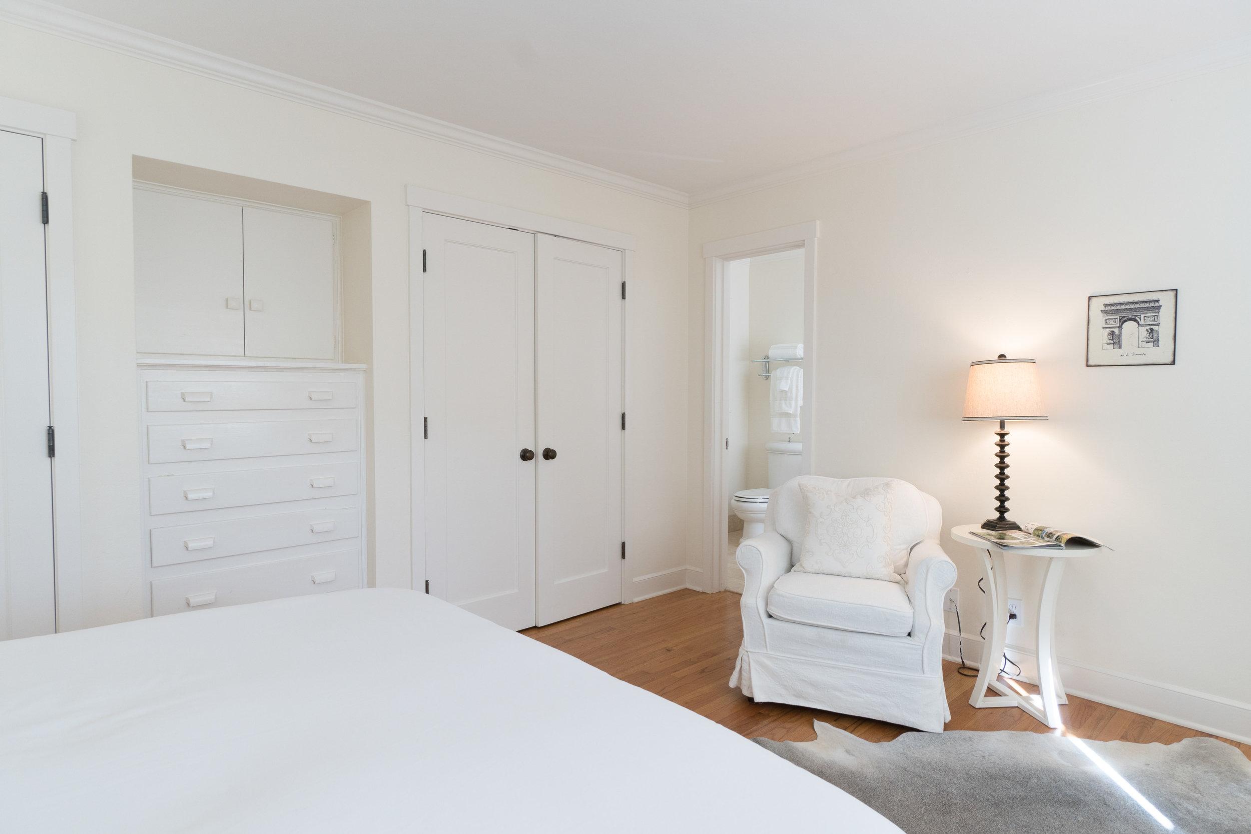 12. master bedroom 2.jpg