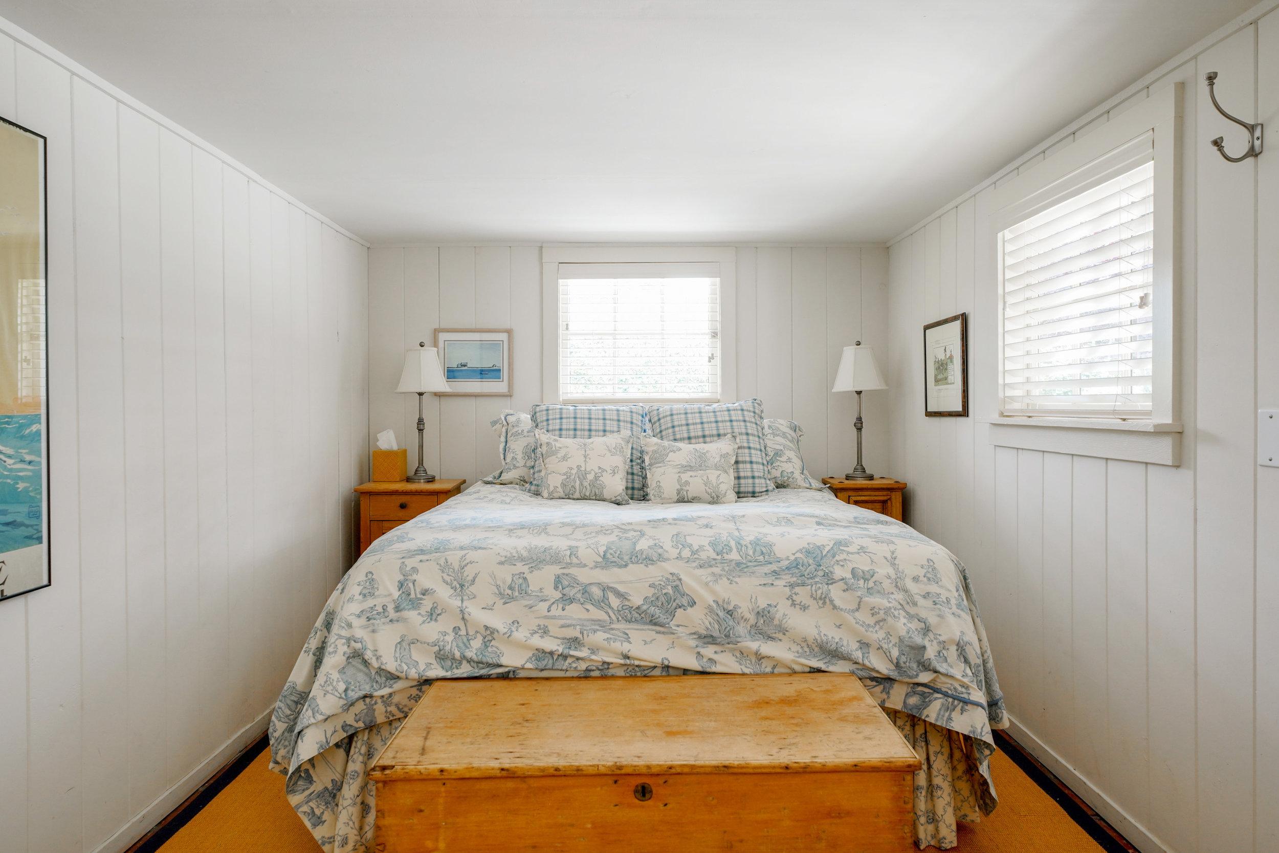 33. out bedroom 2.jpg