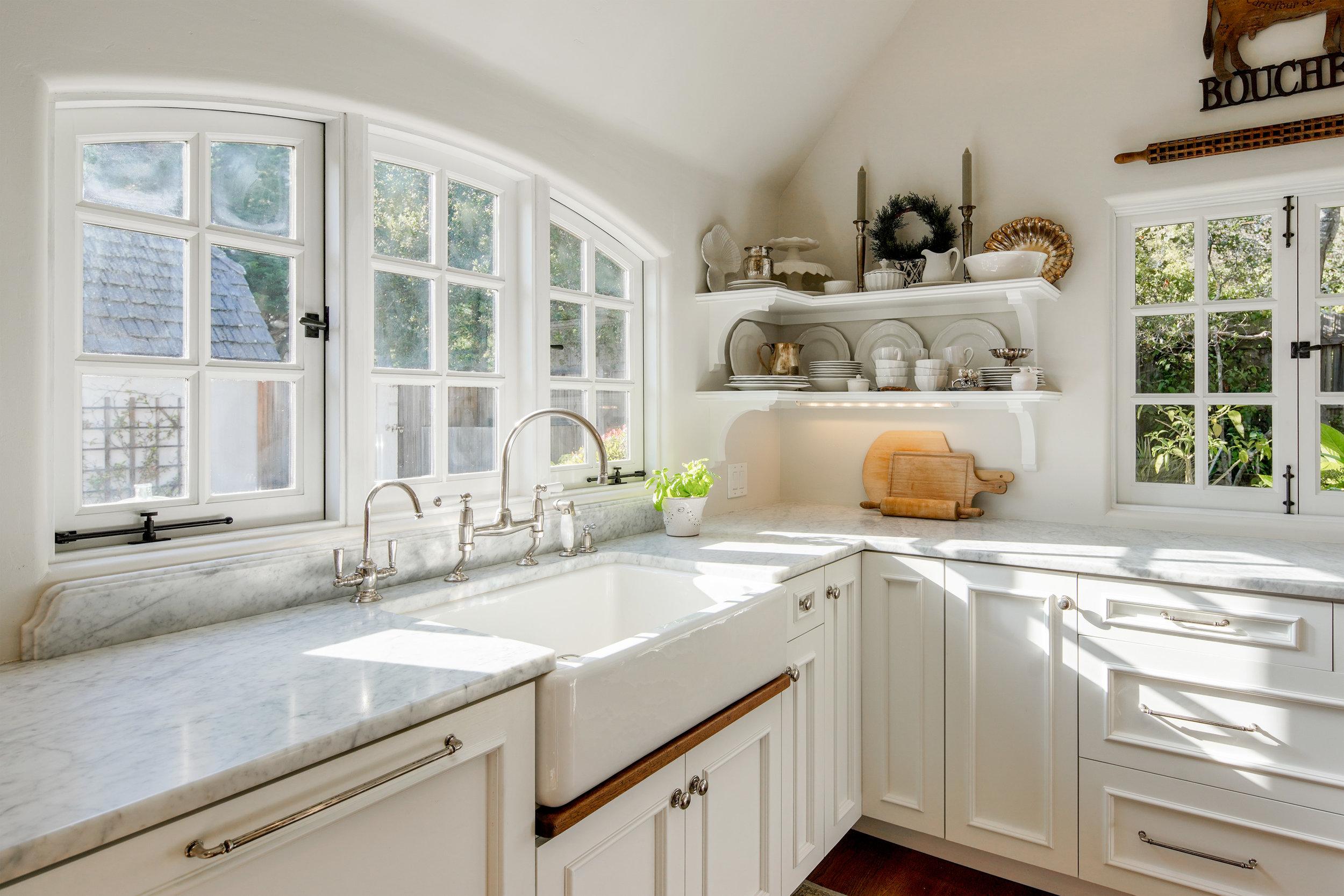 13.kitchen 2.jpg