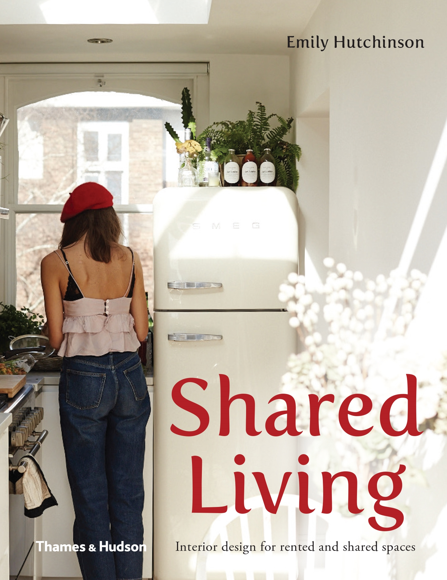 Shared Living - Book by Emily Hutchinson.Photography of all Australian homes featured.
