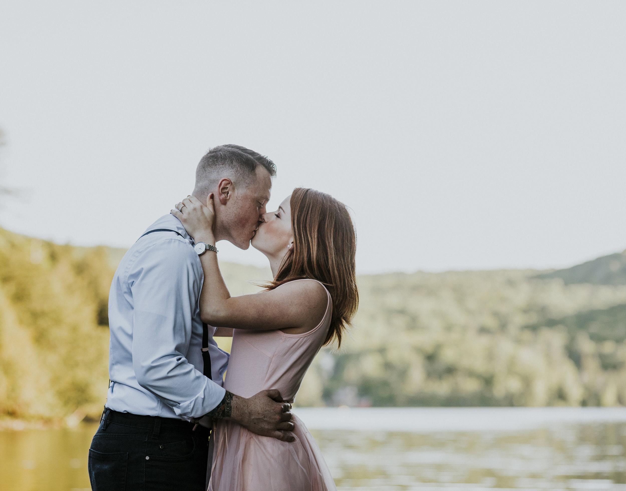2018-06-10 Lindsey + Joe Engagement-012.jpg