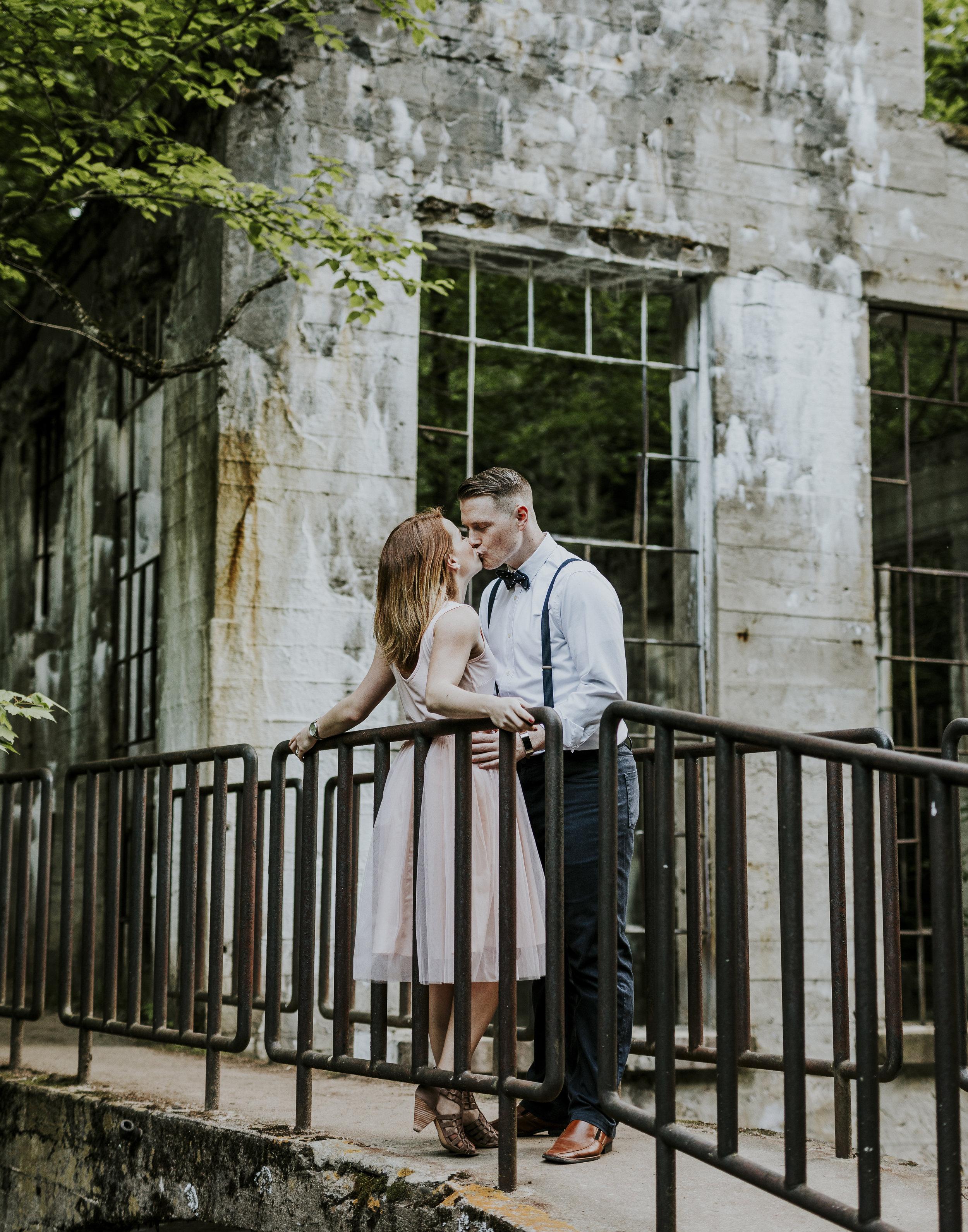 2018-06-10 Lindsey + Joe Engagement-034.jpg