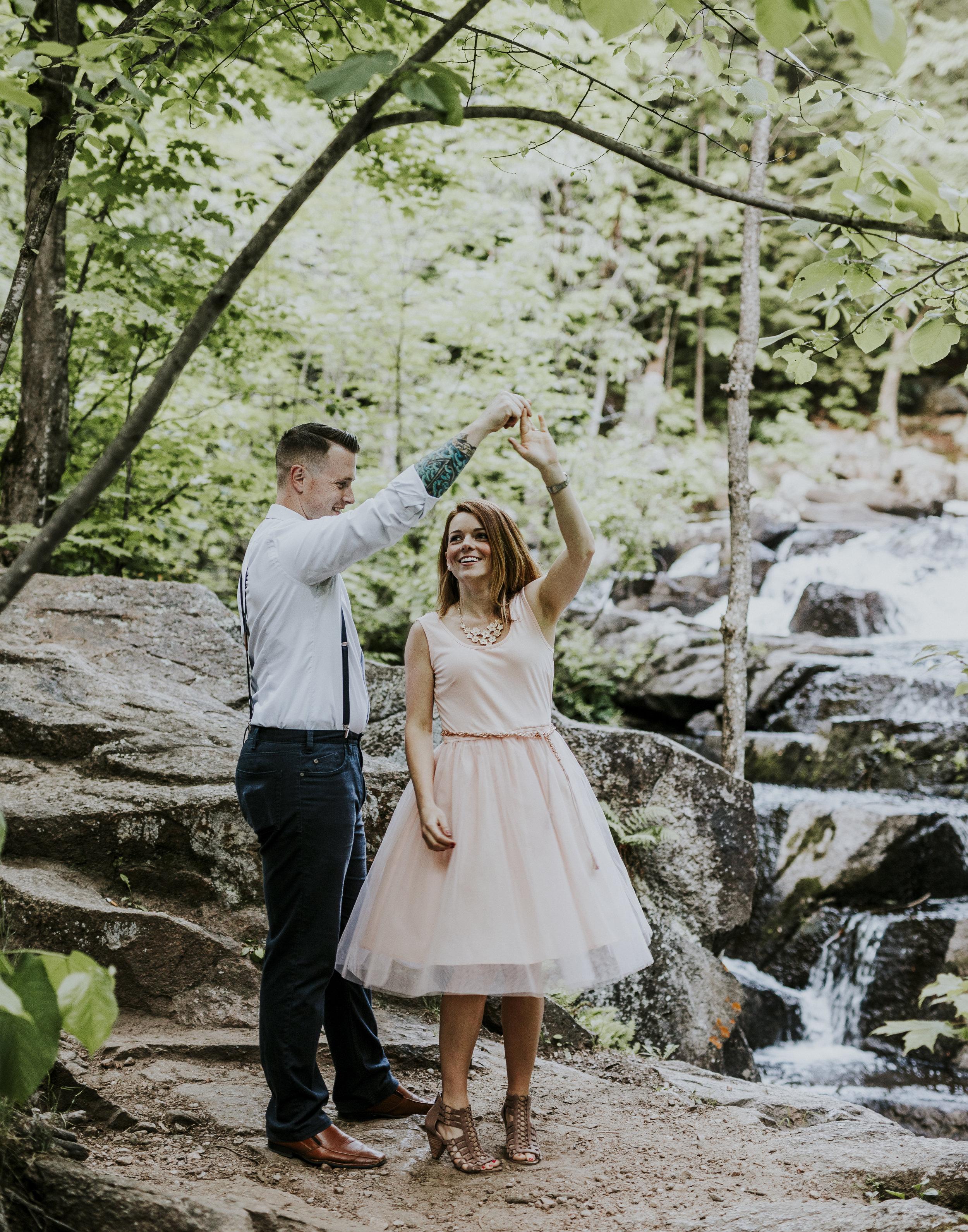 2018-06-10 Lindsey + Joe Engagement-042.jpg