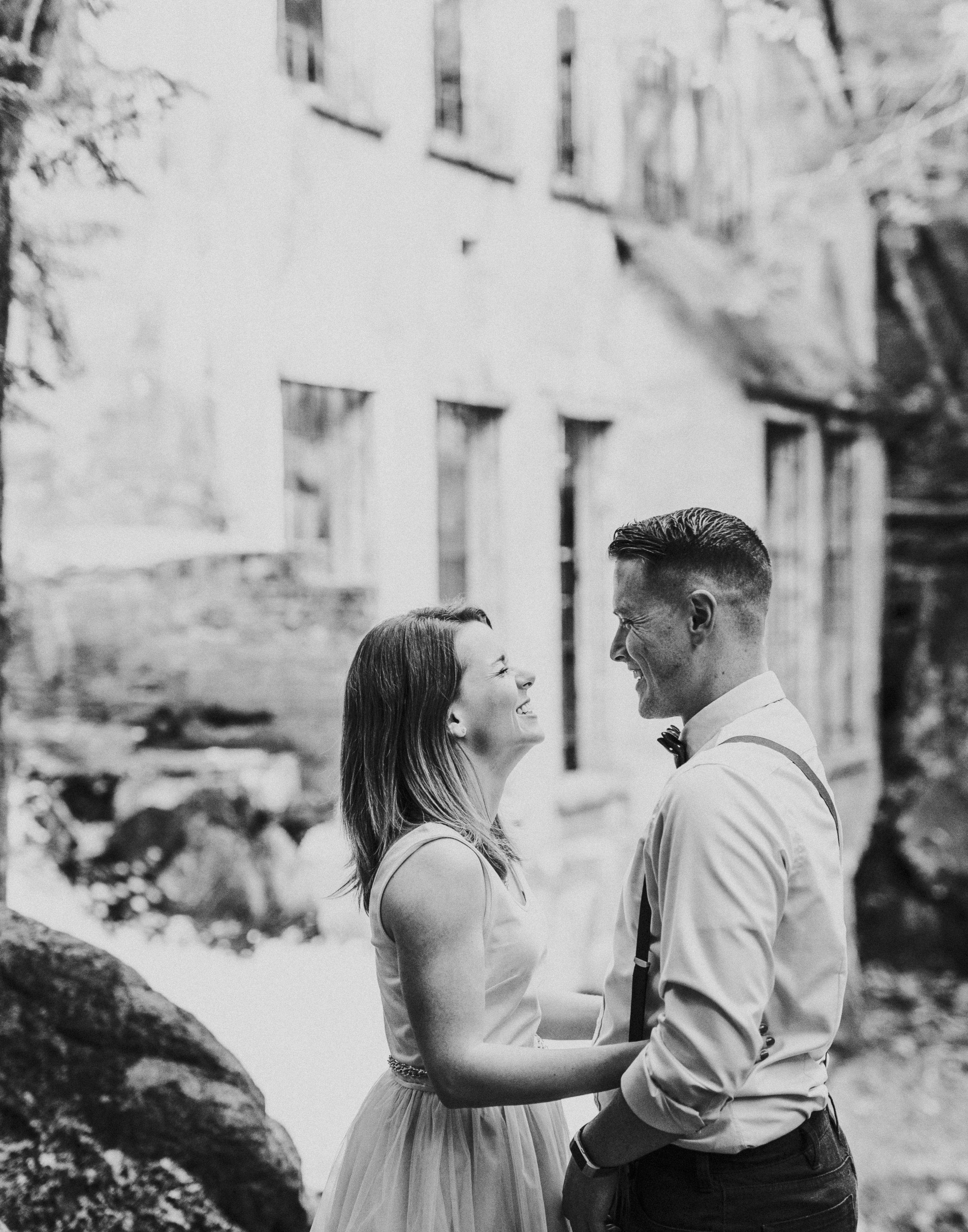 2018-06-10 Lindsey + Joe Engagement-053.jpg