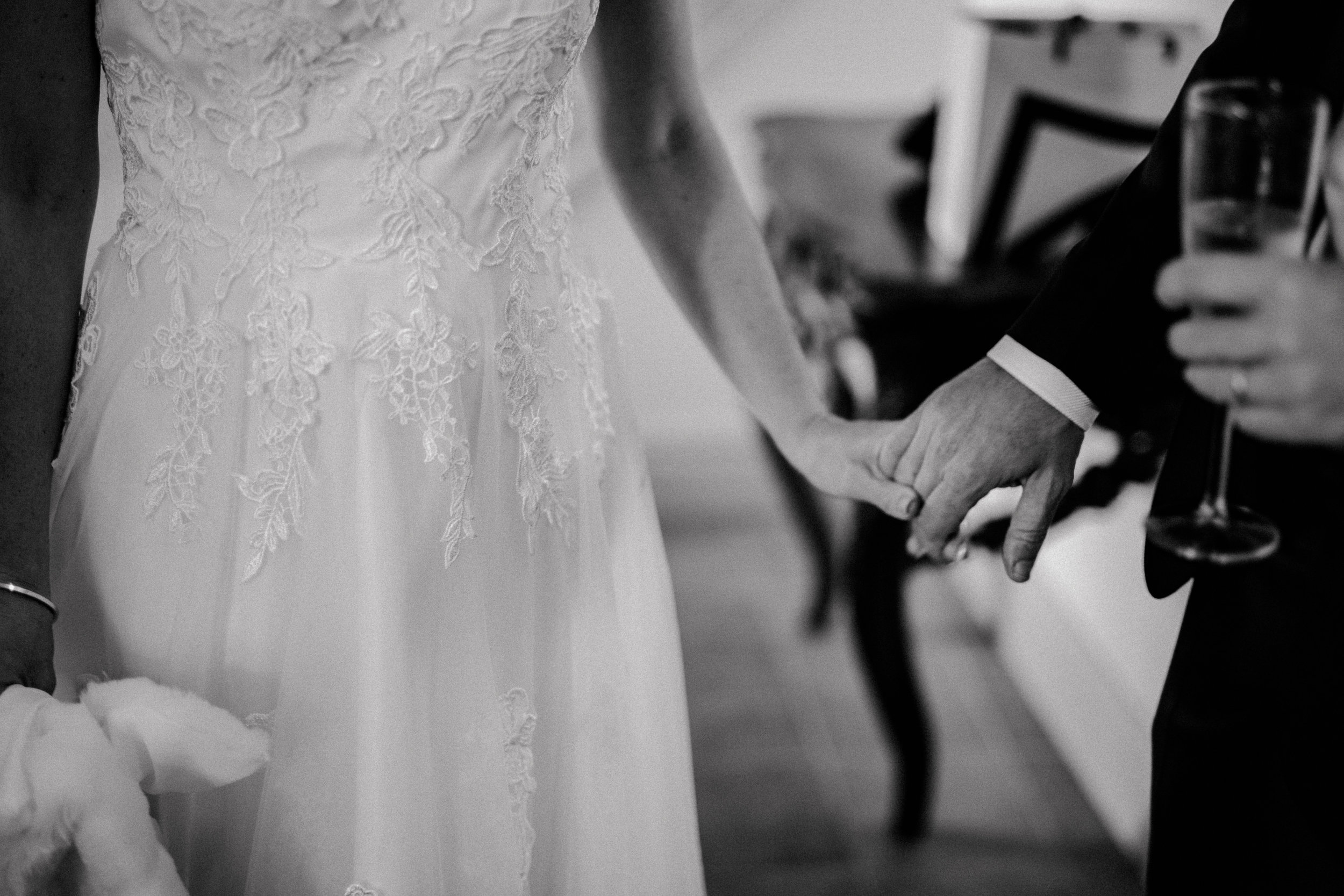 Bröllopsfotograf-Uddetorp Säteri-Höstbröllop-Fotograf Emilia- Bröllopsfotograf Borås-14.jpg