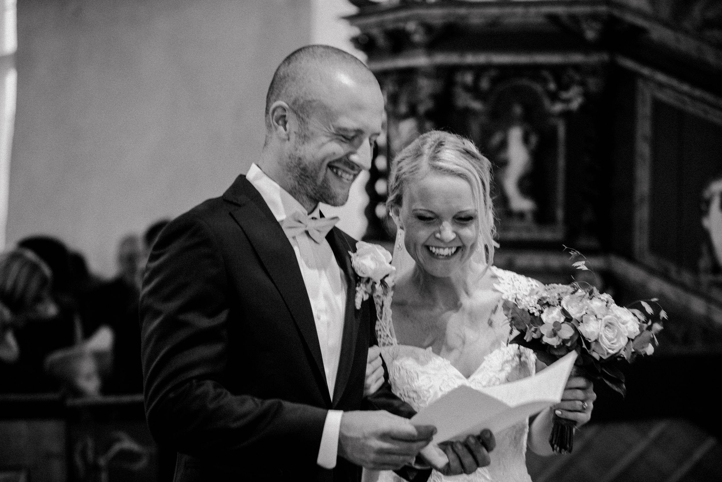Bröllopsfotograf-Uddetorp Säteri-Höstbröllop-Fotograf Emilia- Bröllopsfotograf Borås-38.jpg