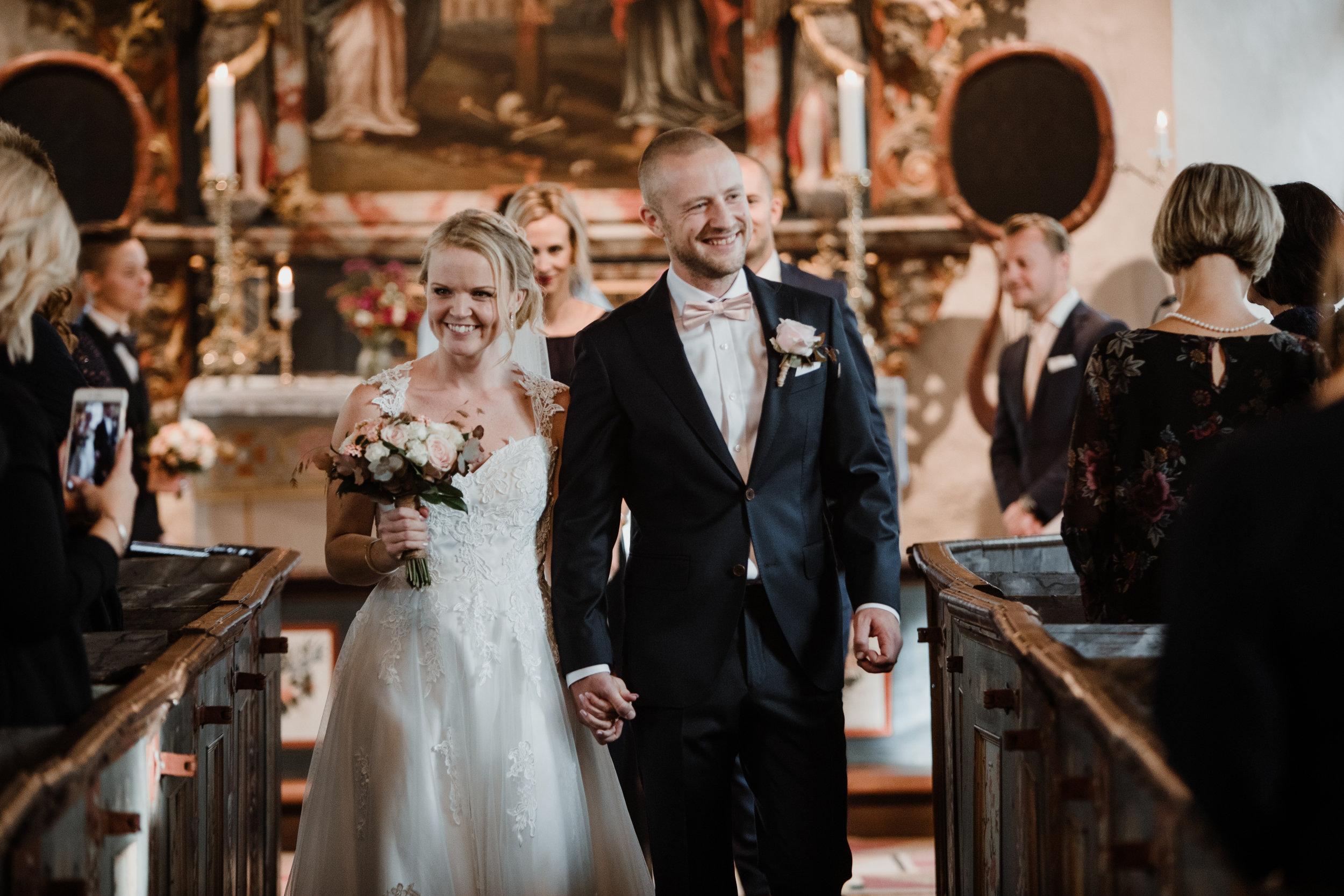 Bröllopsfotograf-Uddetorp Säteri-Höstbröllop-Fotograf Emilia- Bröllopsfotograf Borås-40.jpg