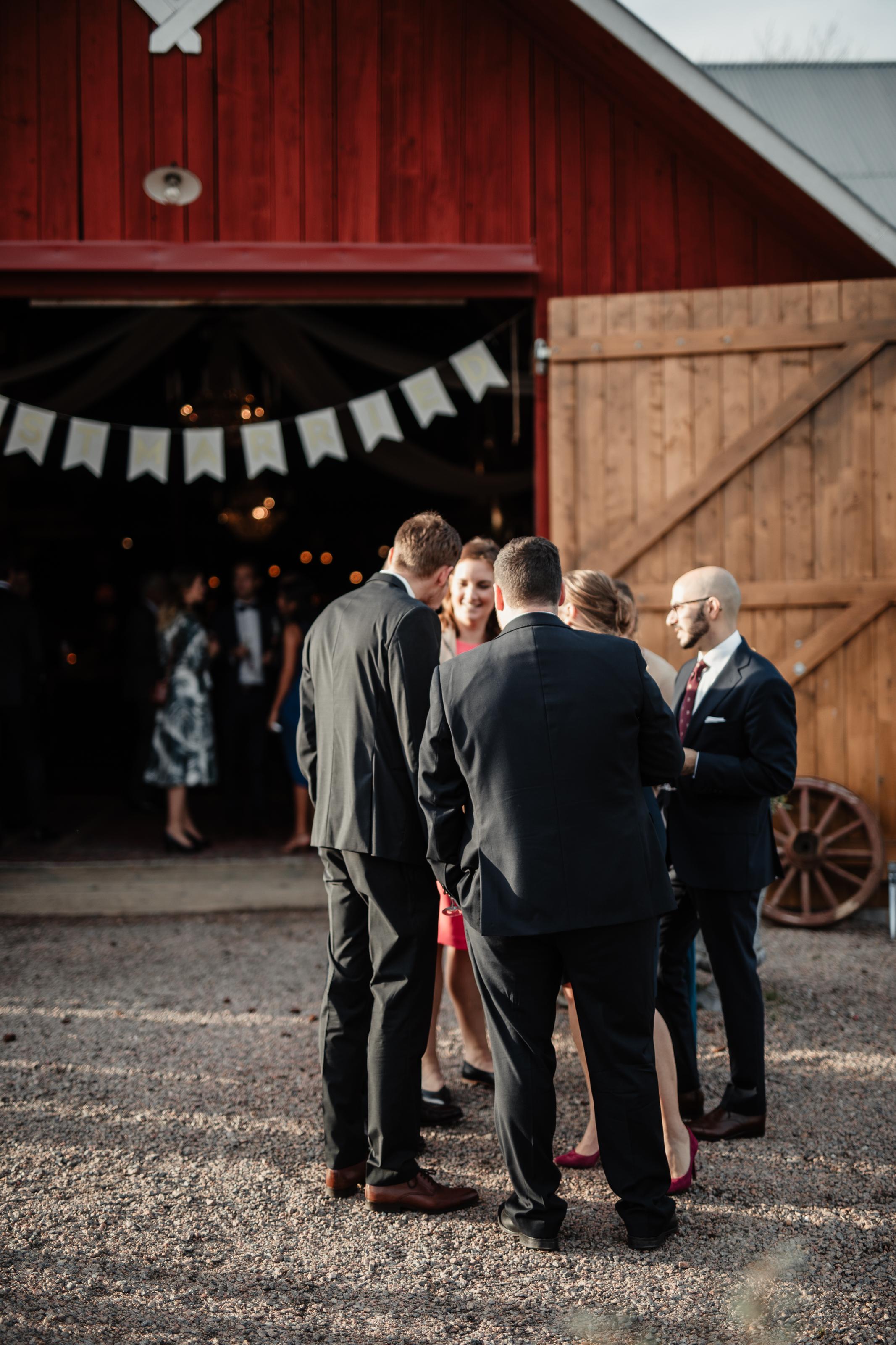 Bröllopsfotograf-Uddetorp Säteri-Höstbröllop-Fotograf Emilia- Bröllopsfotograf Borås-52.jpg