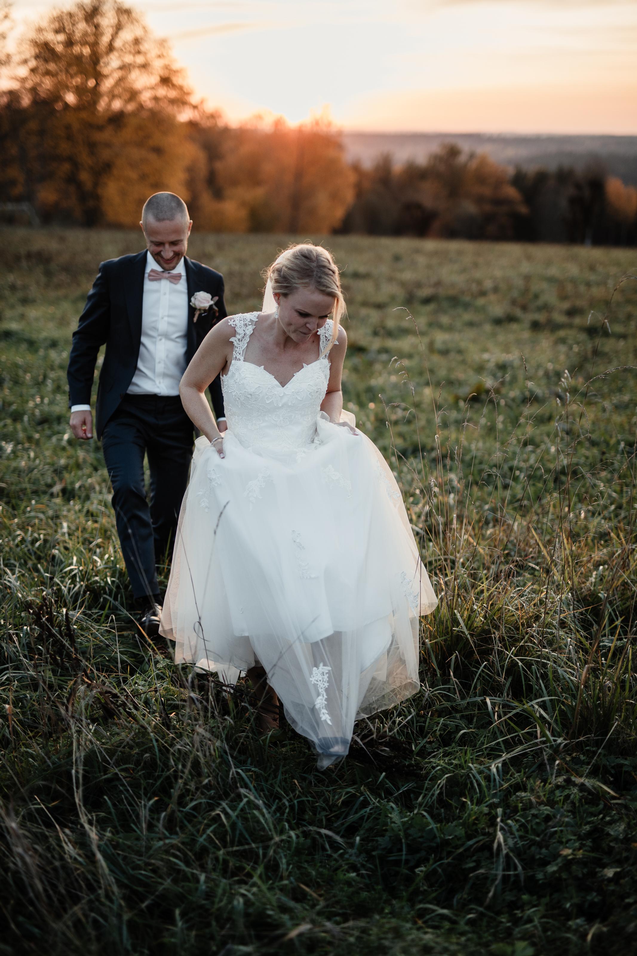 Bröllopsfotograf-Uddetorp Säteri-Höstbröllop-Fotograf Emilia- Bröllopsfotograf Borås-64.jpg