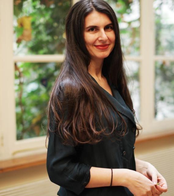 Lavinia Ionita, Founder Omixy