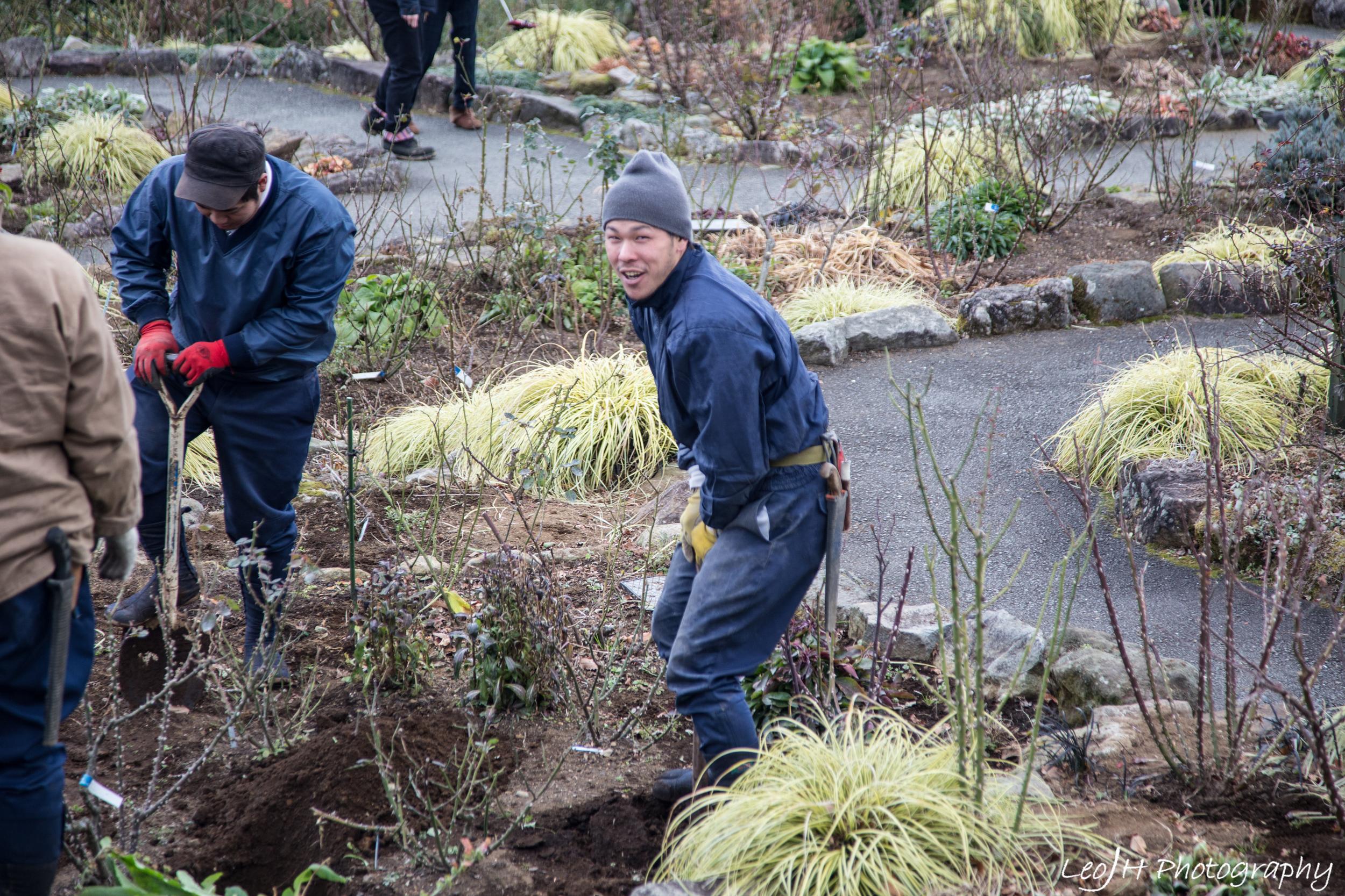 Gardeners at work in Gora Park