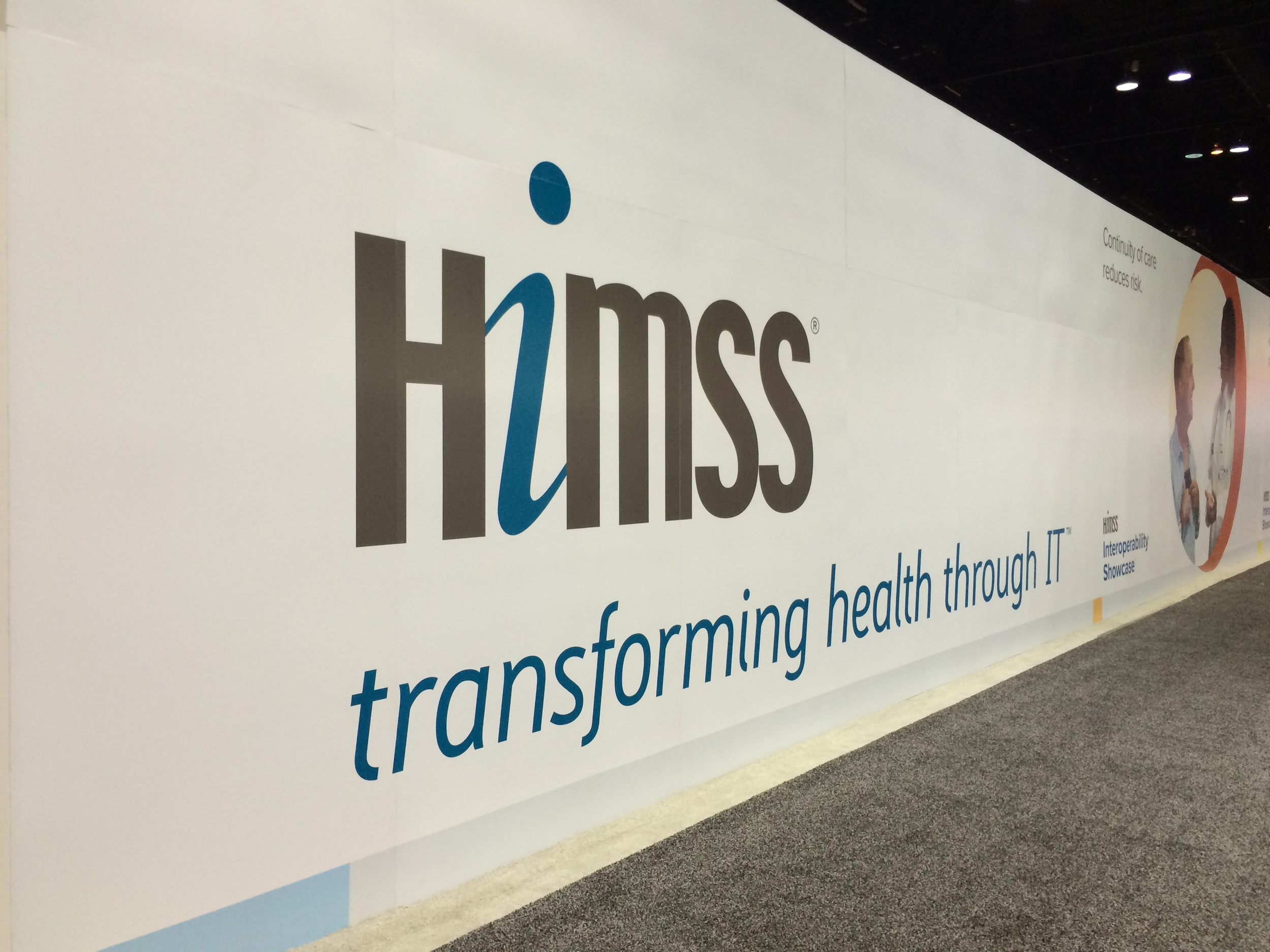 And the #HIMSS15 adventure begins!