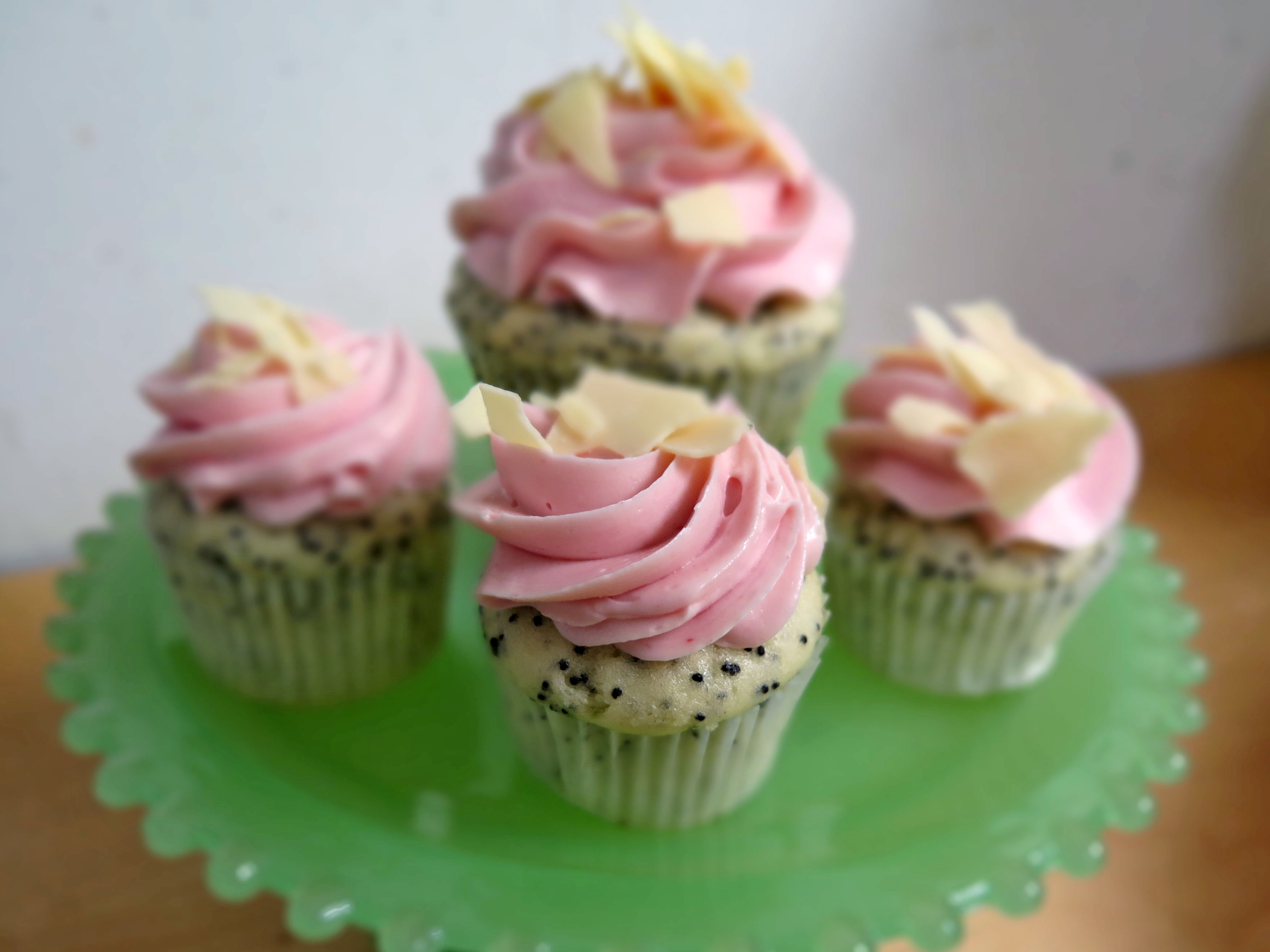 Mini Lemon and Raspberry Cupcakes