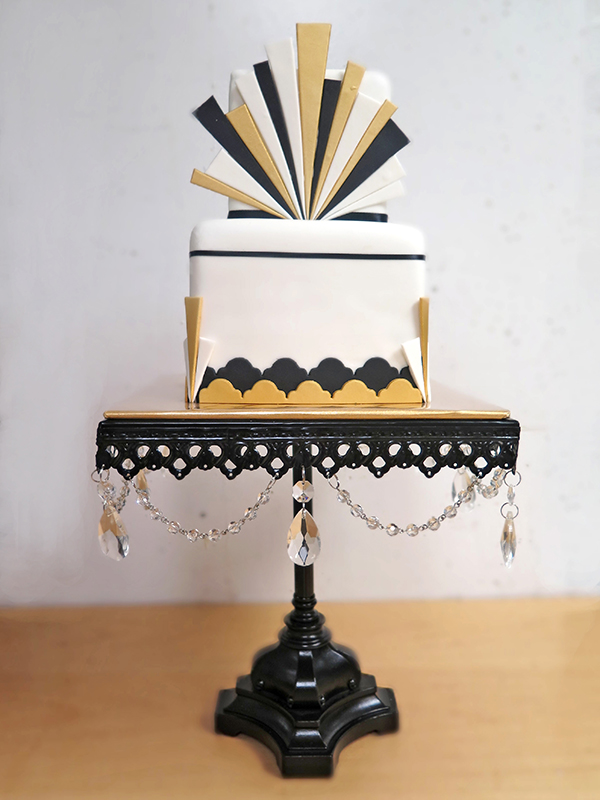 Dramatic Art Deco Cake