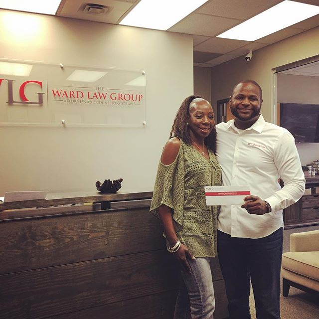 Ms. Edwards- Thank you for trusting our law firm to fight for you after your auto injury. Together, your patience and our firm's persistence prevailed!  www.dwardlawgroup.com (214)777-3319 #dallaslawyer #dallasattorneys #dallasjailrelease #dallascriminaldefense #dallascarwrecks #dallaspersonalinjury #demarcusward #24hourjailrelease #dwardlawgroup #dallasblack #dallaswarrants #dallaswarrantroundup #warrantroundup #weliftwarrants #warrantslifted #dallastraffictickets #dfwtraffictickets #criminaldefense #personalinjurylawyer