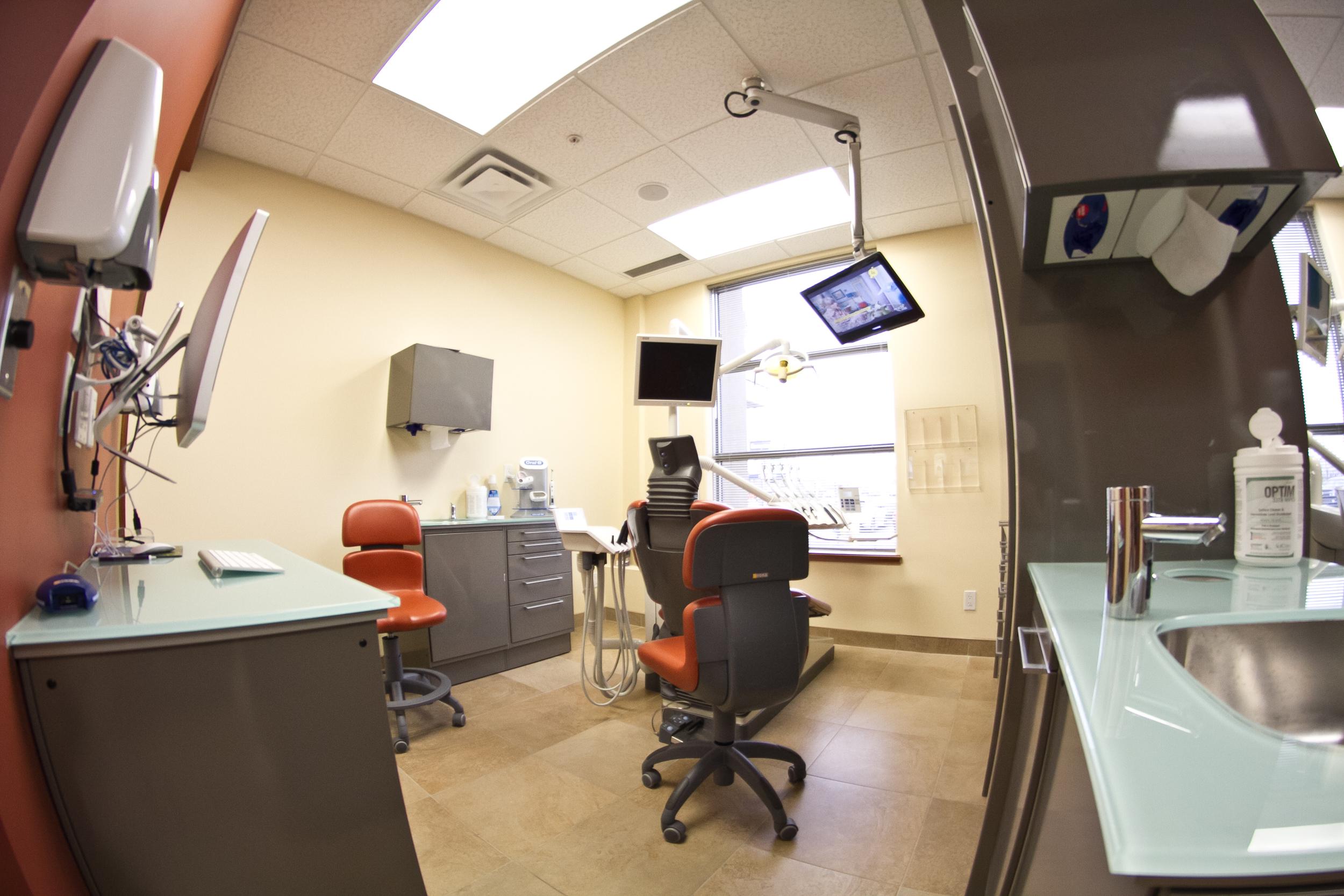 dentalroom3.jpg