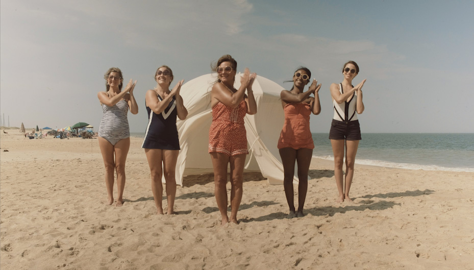 Marmies - Beach Babes Clapping.jpg