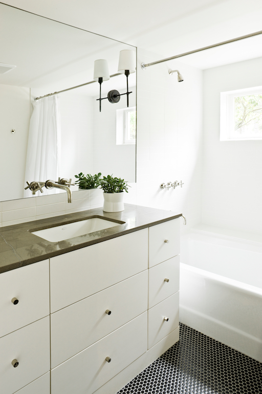 bathrooms 065.jpg