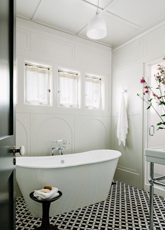 bathrooms 060.jpg