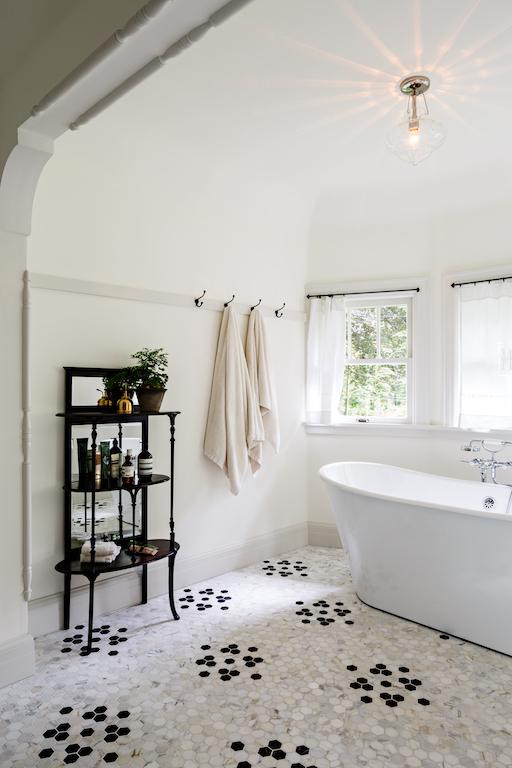 bathrooms 058.jpg