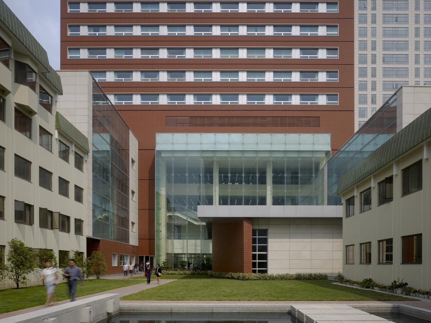 Hopkins-Nanjing University - Nanjing, China