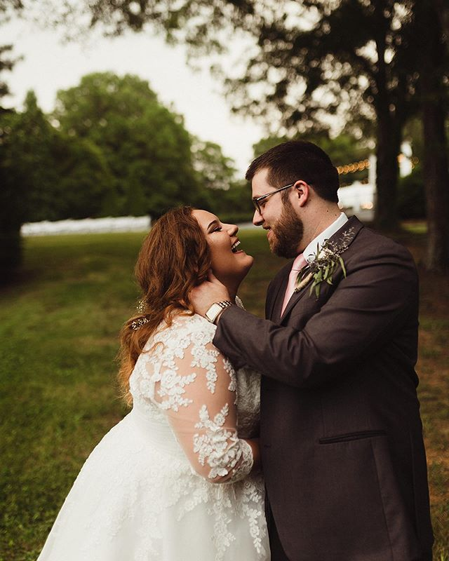 HANNAH & KYLE // they had all the beautiful vibes, a double rainbow and strawberry lemonade. I don't think I could find better people anywhere. 🖤