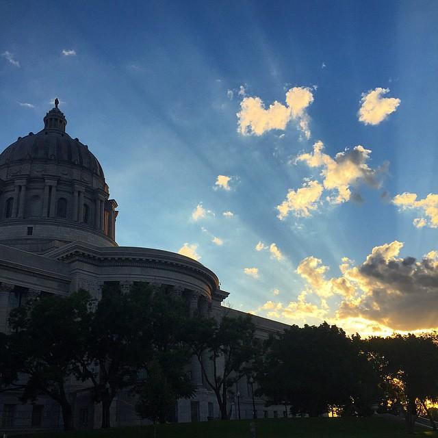 #hometown #JeffersonCity #Missouri #statecapitol #statecapital #capitol #sunshine #downtownjcmo #missouririver #empireeverywhere #showmestate #gooutside #killyourtv