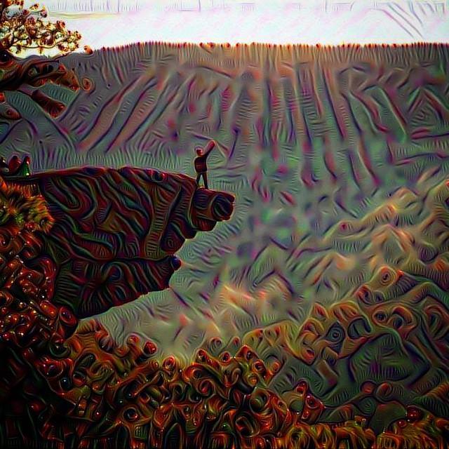 #deepdream #hawksbillcrag #whitakerpoint #poncaAR #poncaarkansas #empireeverywhere #empireadventureteam #trippy #sunrays #sunrise #hiking #karst #killyourtv #gooutside 📷 @swoldy_locks @kleegulz @ashstache_