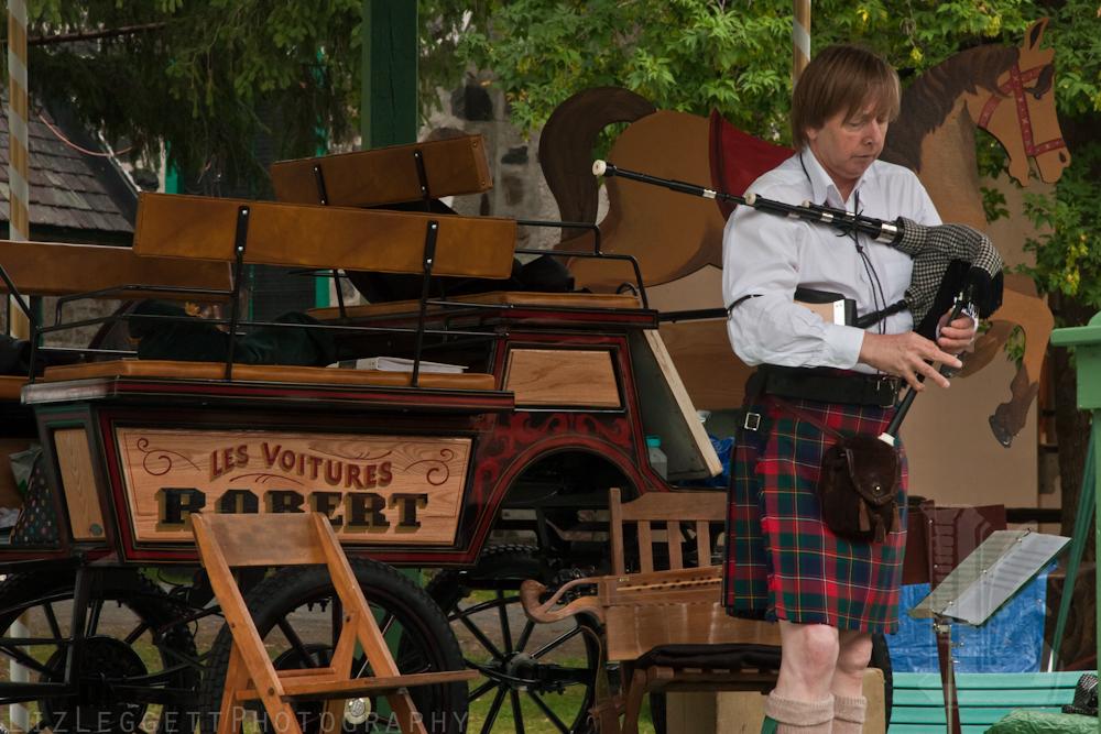 2011_liz_leggett_festival_vieux_metiers_watermarked-5.jpg