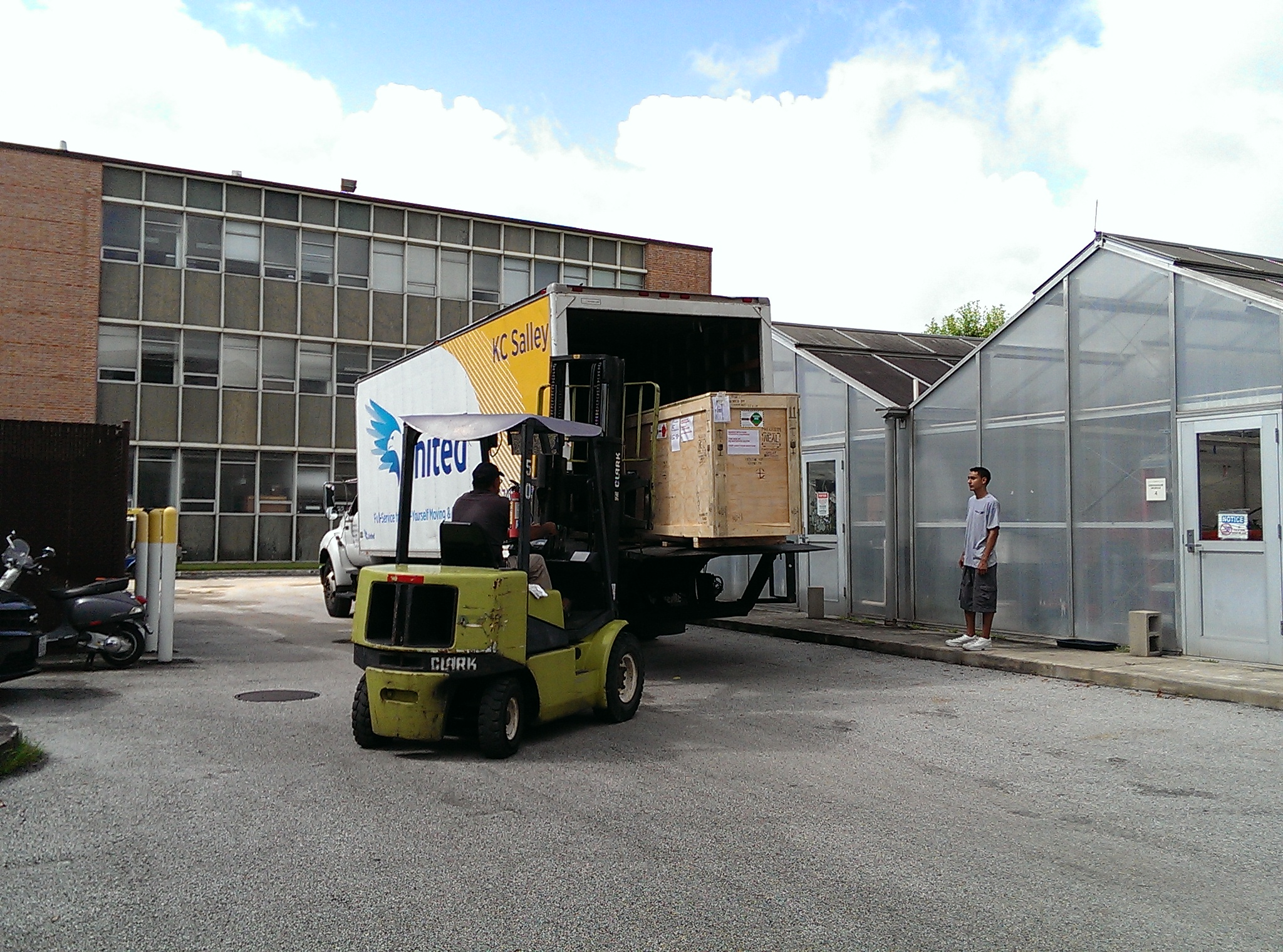 It's here! The mass spec is here!