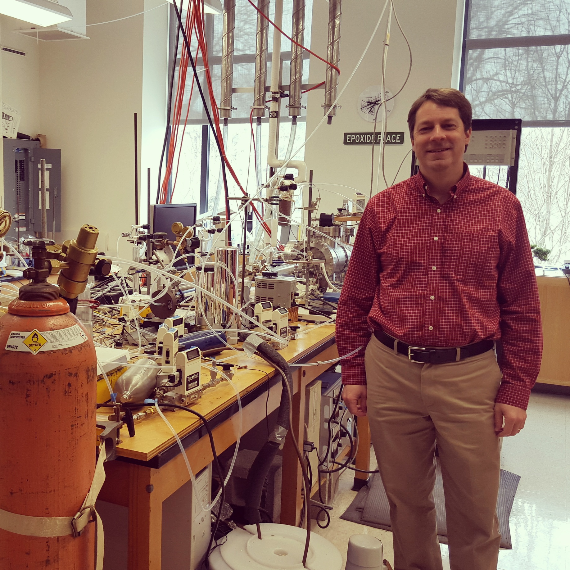 Professor Elrod in his element, in front of the mass spectrometer that I worked on for three years.