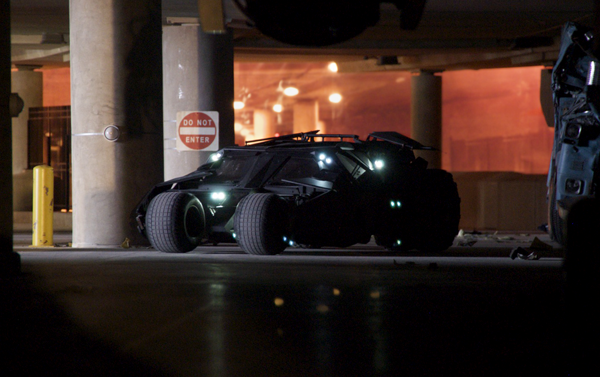 dark_knight_batmobile_hero.png
