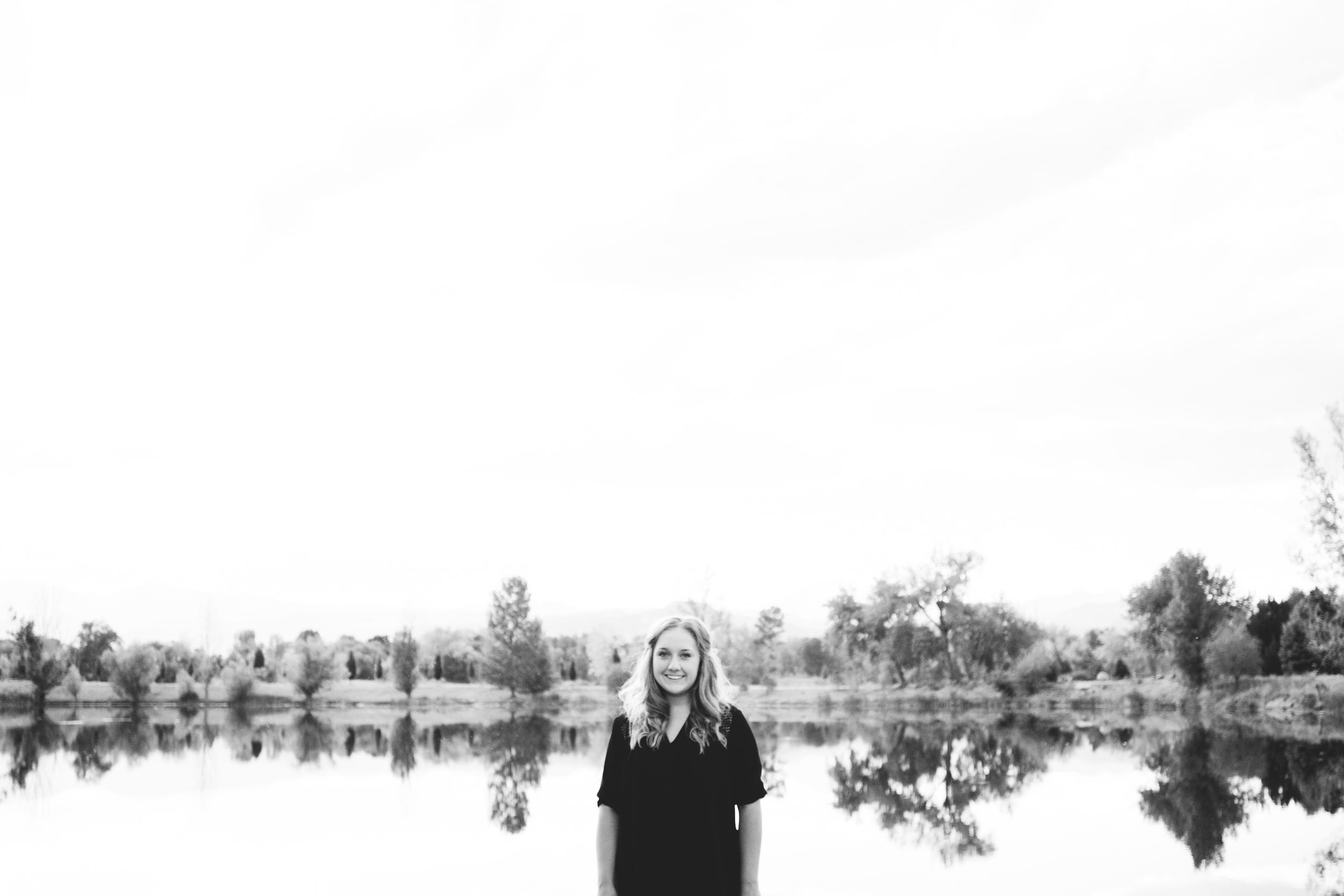 Senior photos on a lake in Colorado
