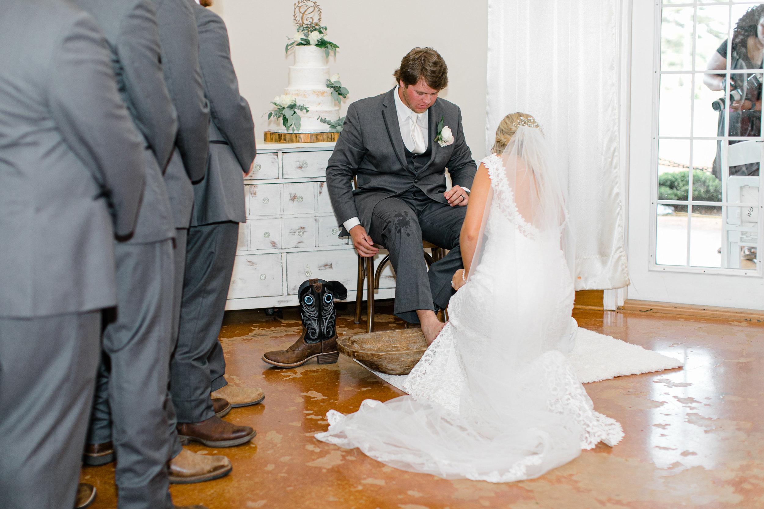 Anna Laura Connor-The Ceremony-0128.jpg
