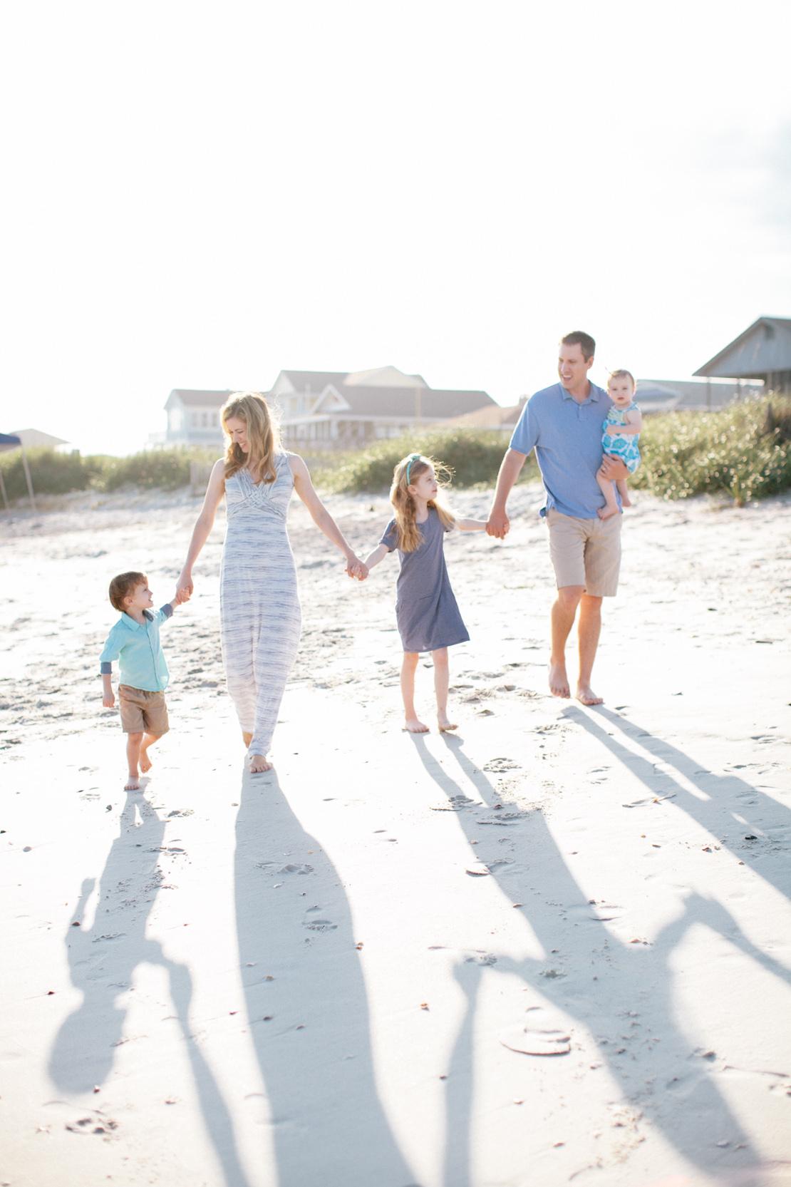 Adams-Family-Holden-Beach_Grain-and-Compass-47.jpg