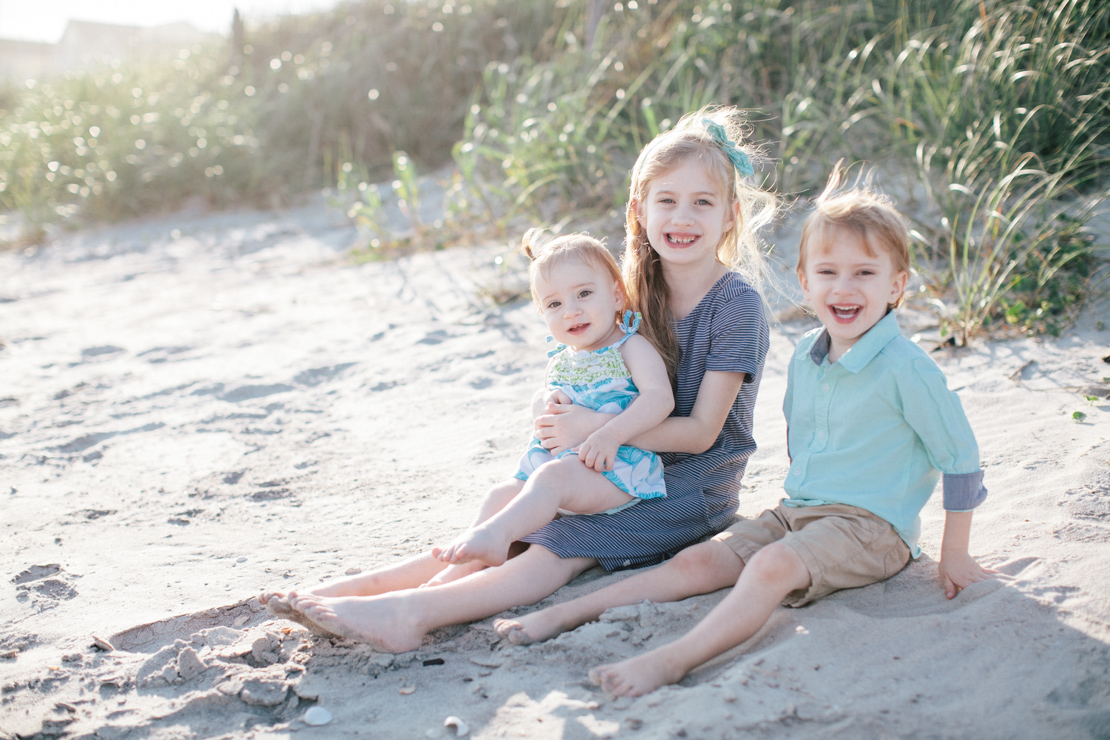 Adams-Family-Holden-Beach_Grain-and-Compass-48.jpg