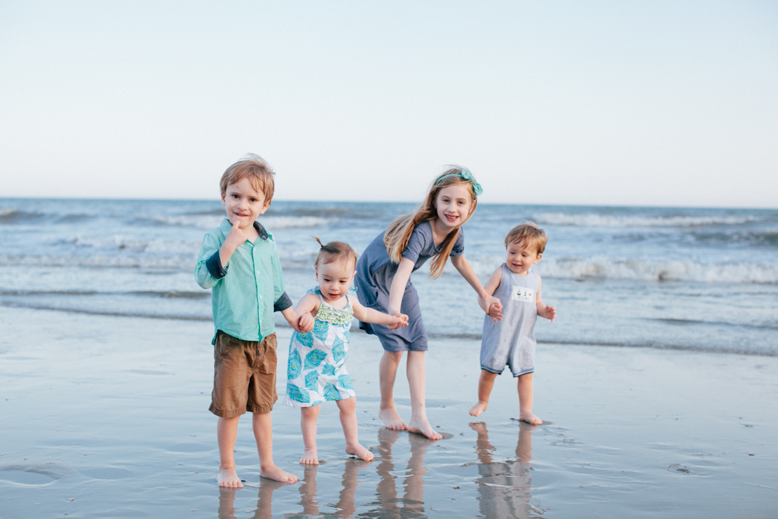 Adams-Family-Holden-Beach_Grain-and-Compass-55.jpg