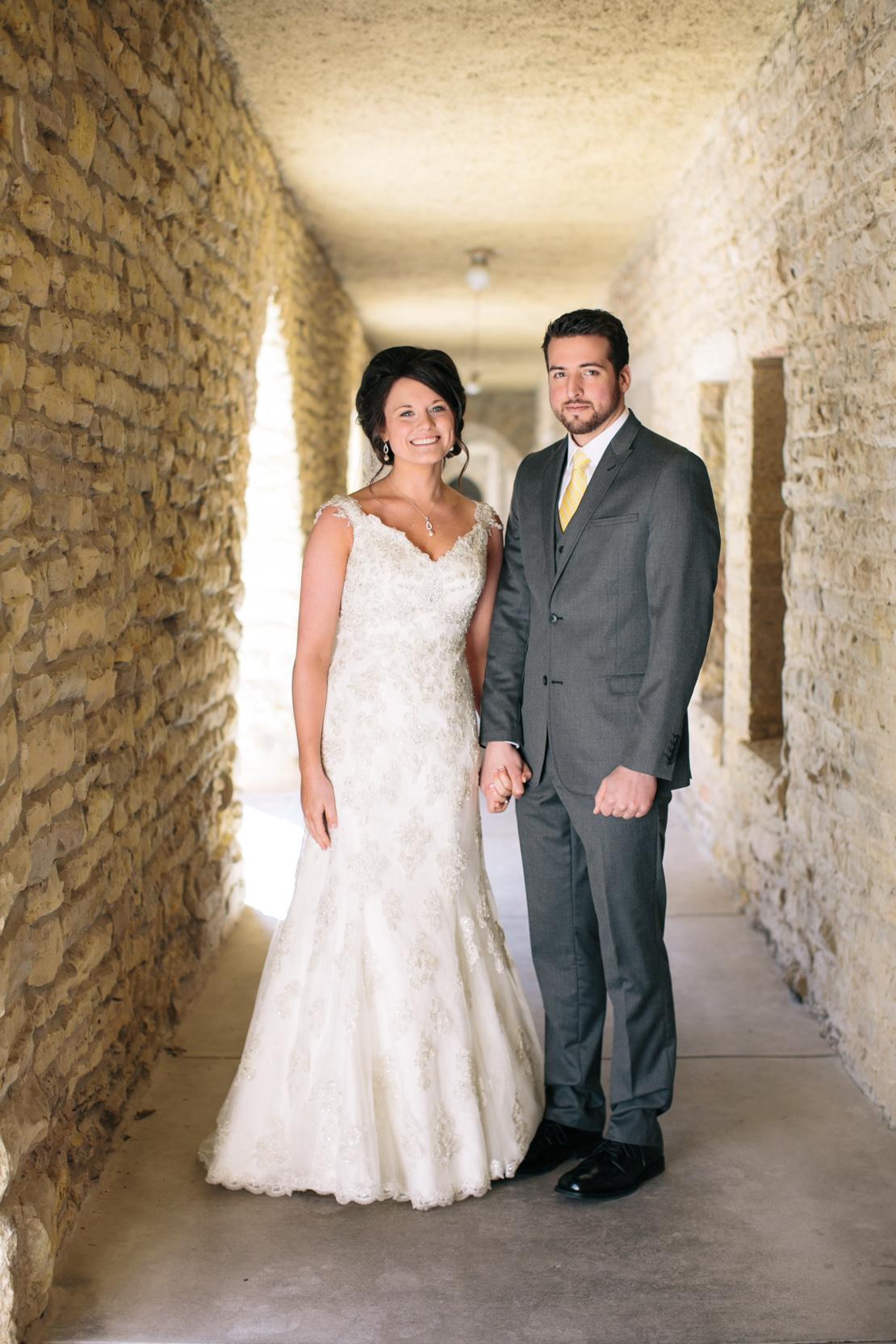Steph-Thad-Wisconsin-Wedding_Grain-and-Compass-34.jpg